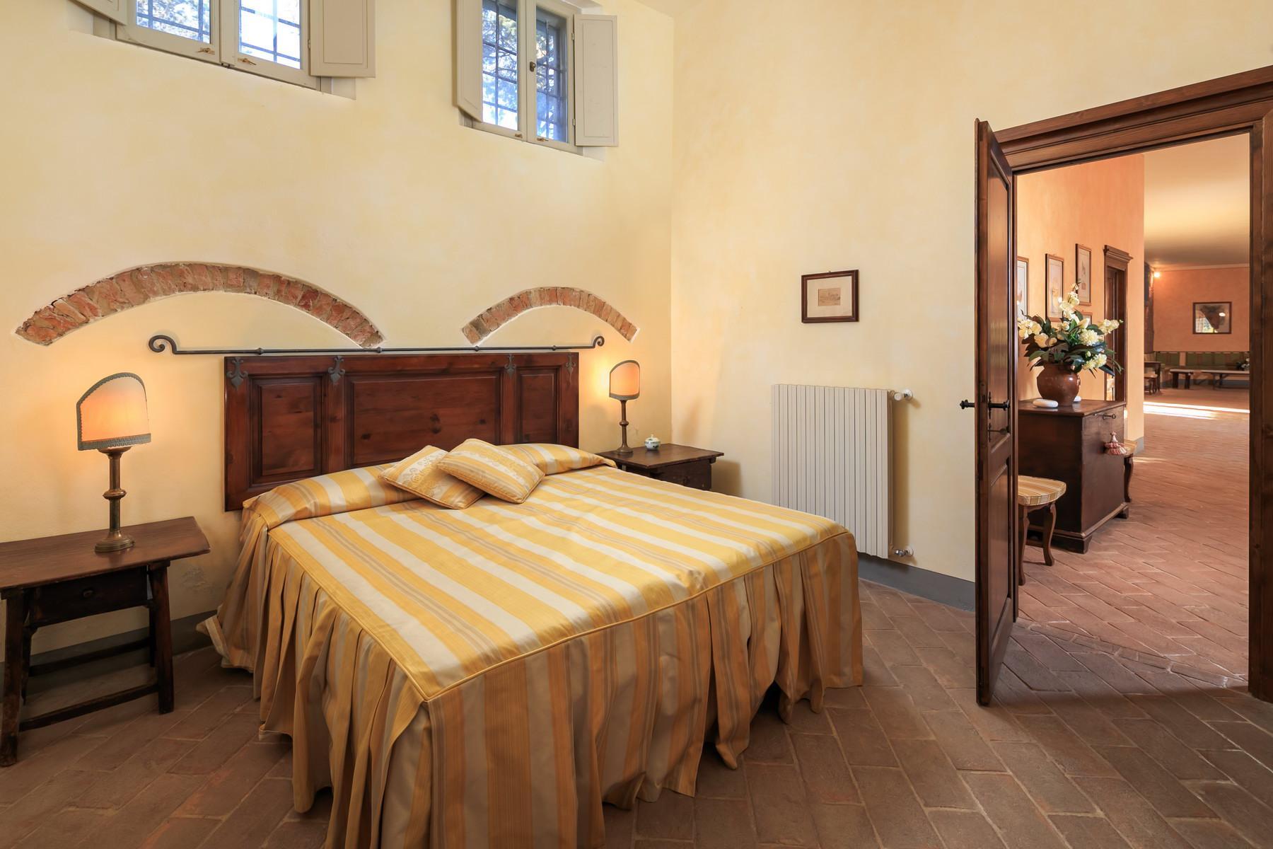 Wunderschöne Villa auf dem Land von Pisa - 21