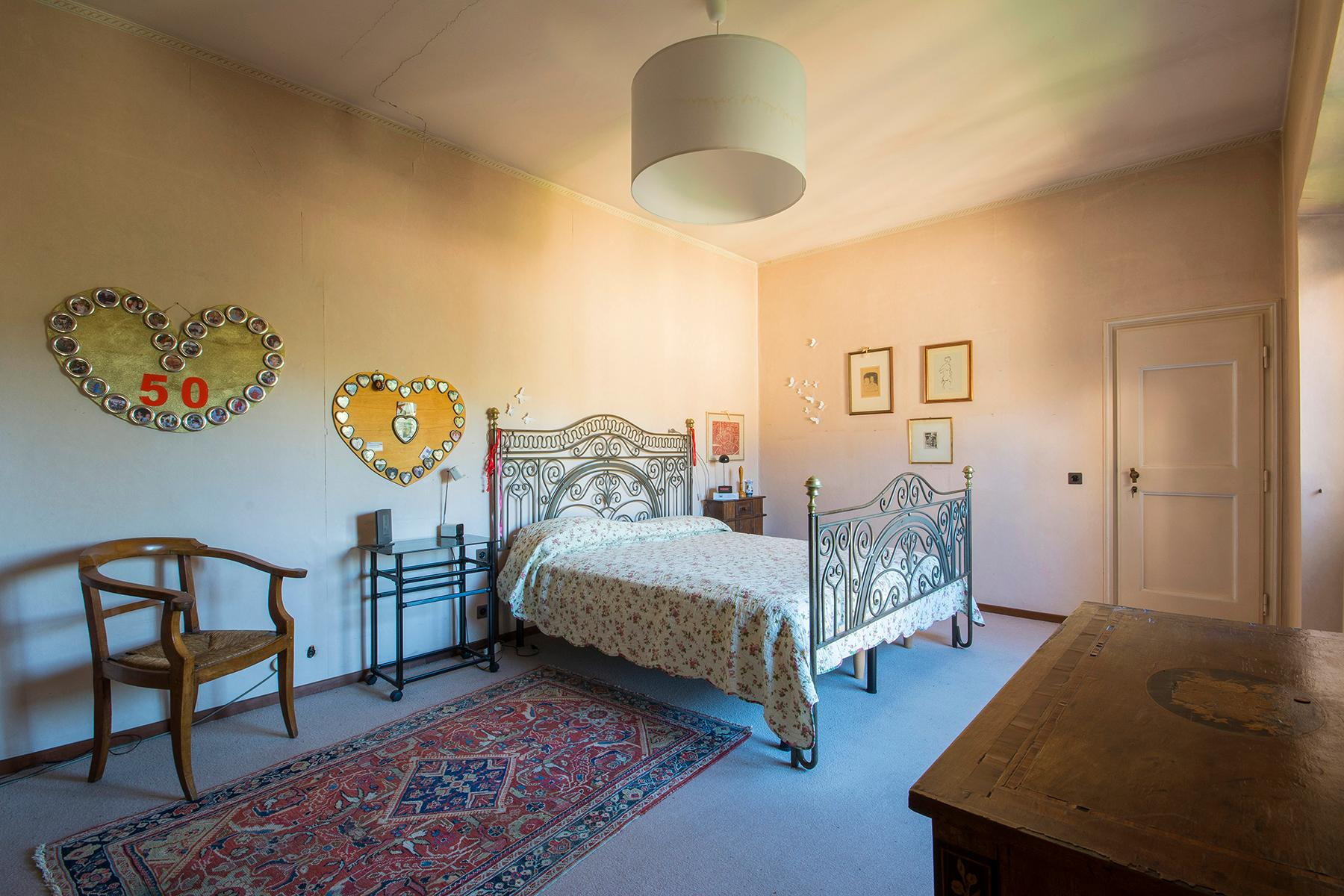 Wunderschöne Villa auf den Hügeln von Florenz - 12