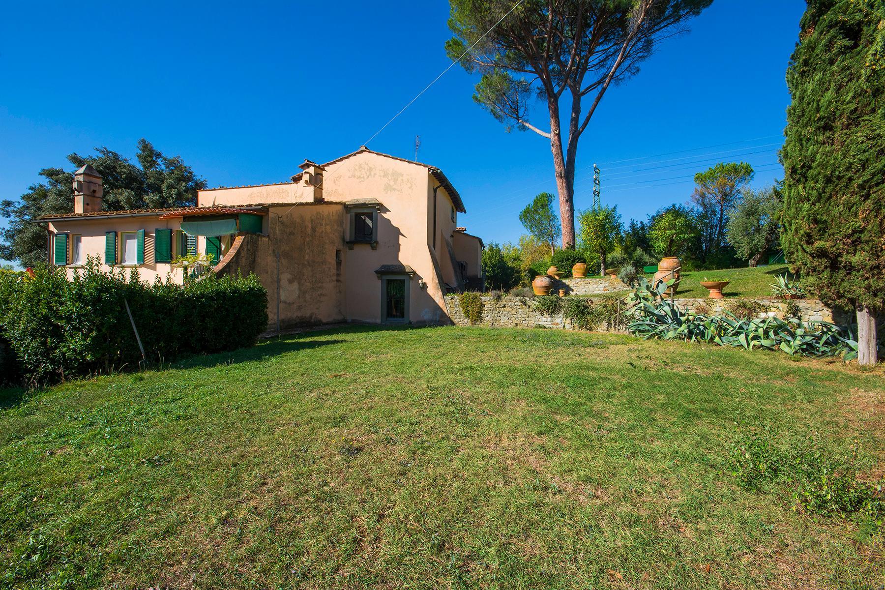 Wunderschöne Villa auf den Hügeln von Florenz - 13