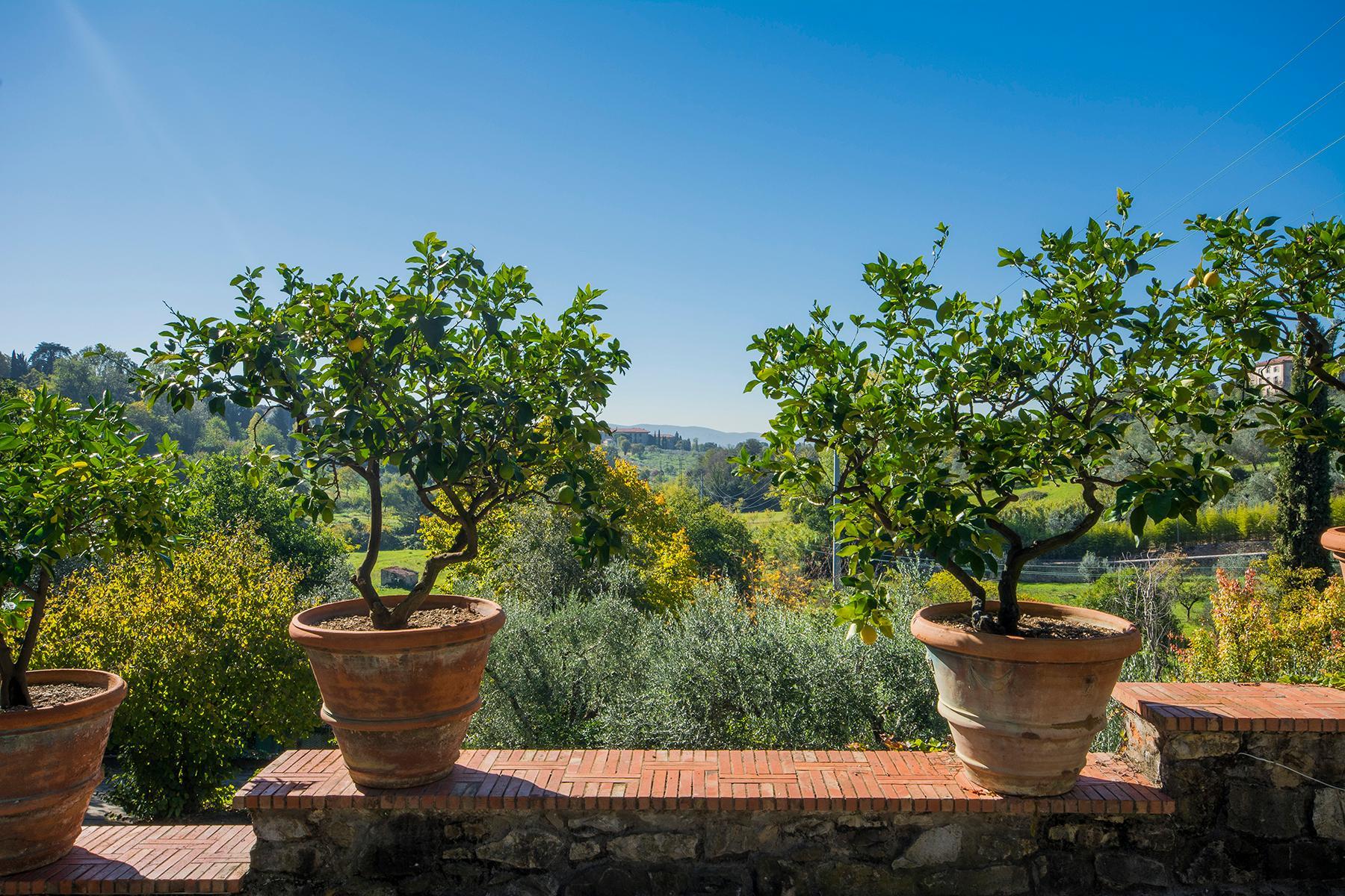 Wunderschöne Villa auf den Hügeln von Florenz - 16