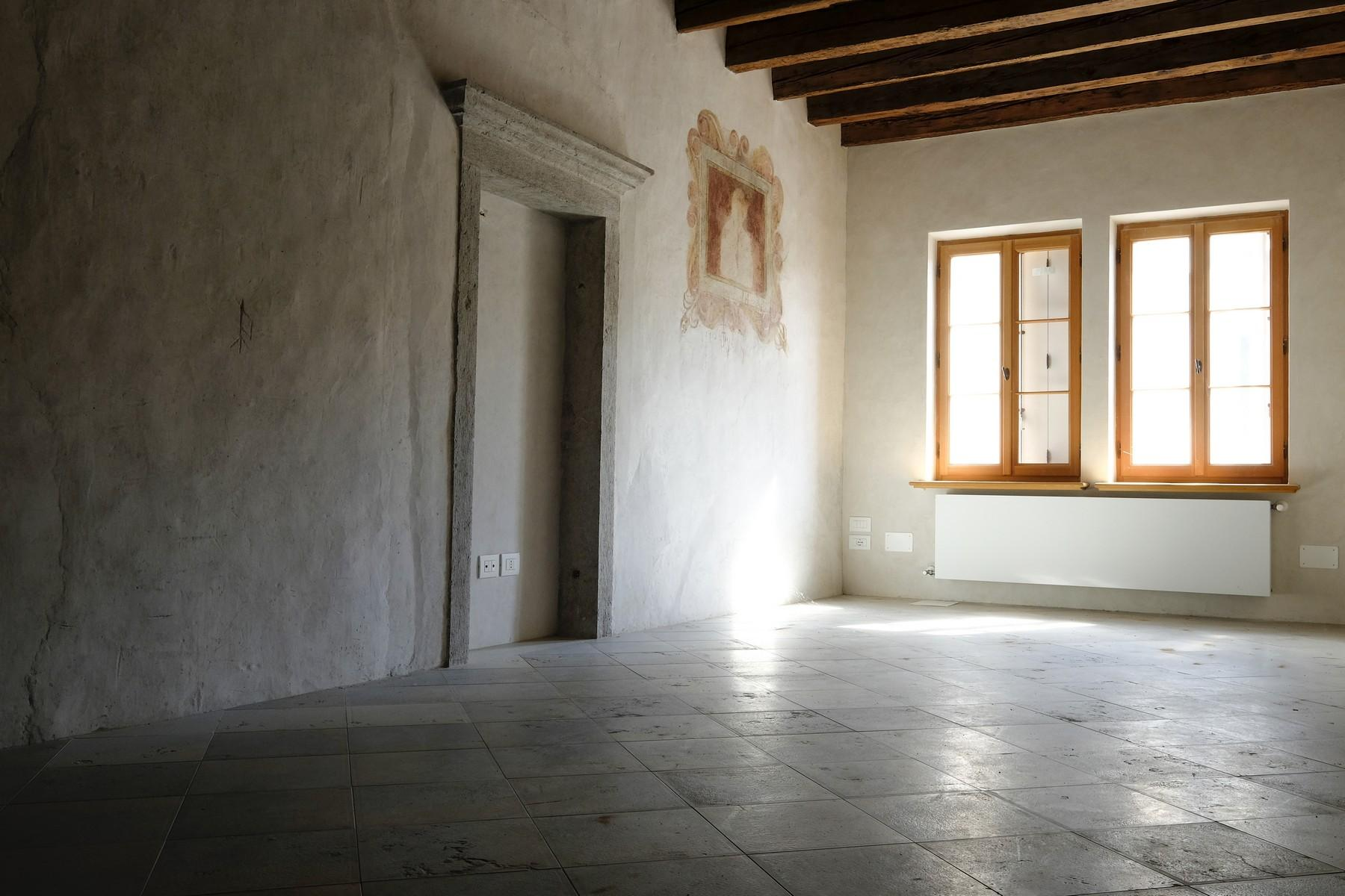 Charming historic palace in the heart of the ancient Borgo Piave in Belluno - 10