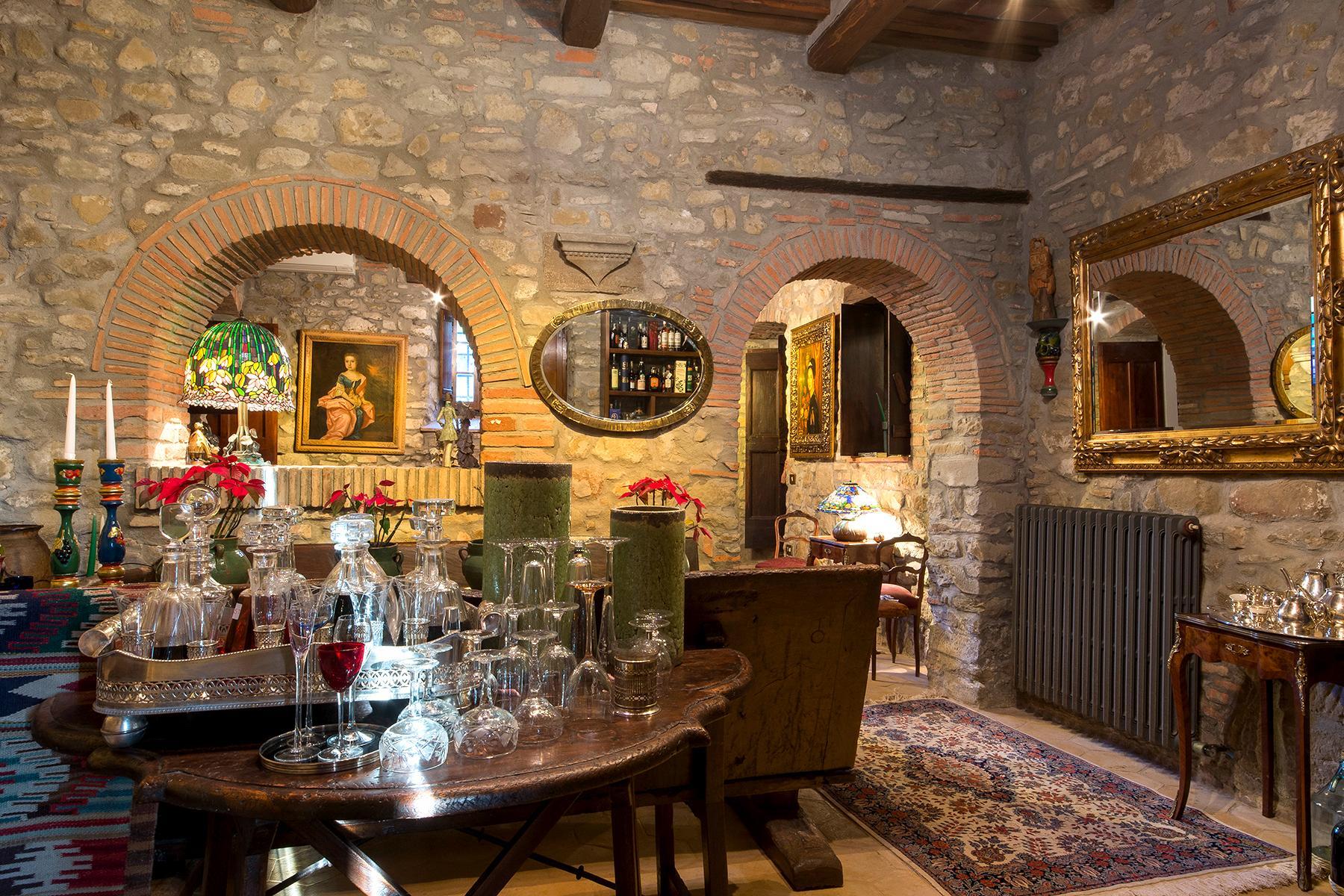 Magnificent villa with a breathtaking view in Cortona - 20