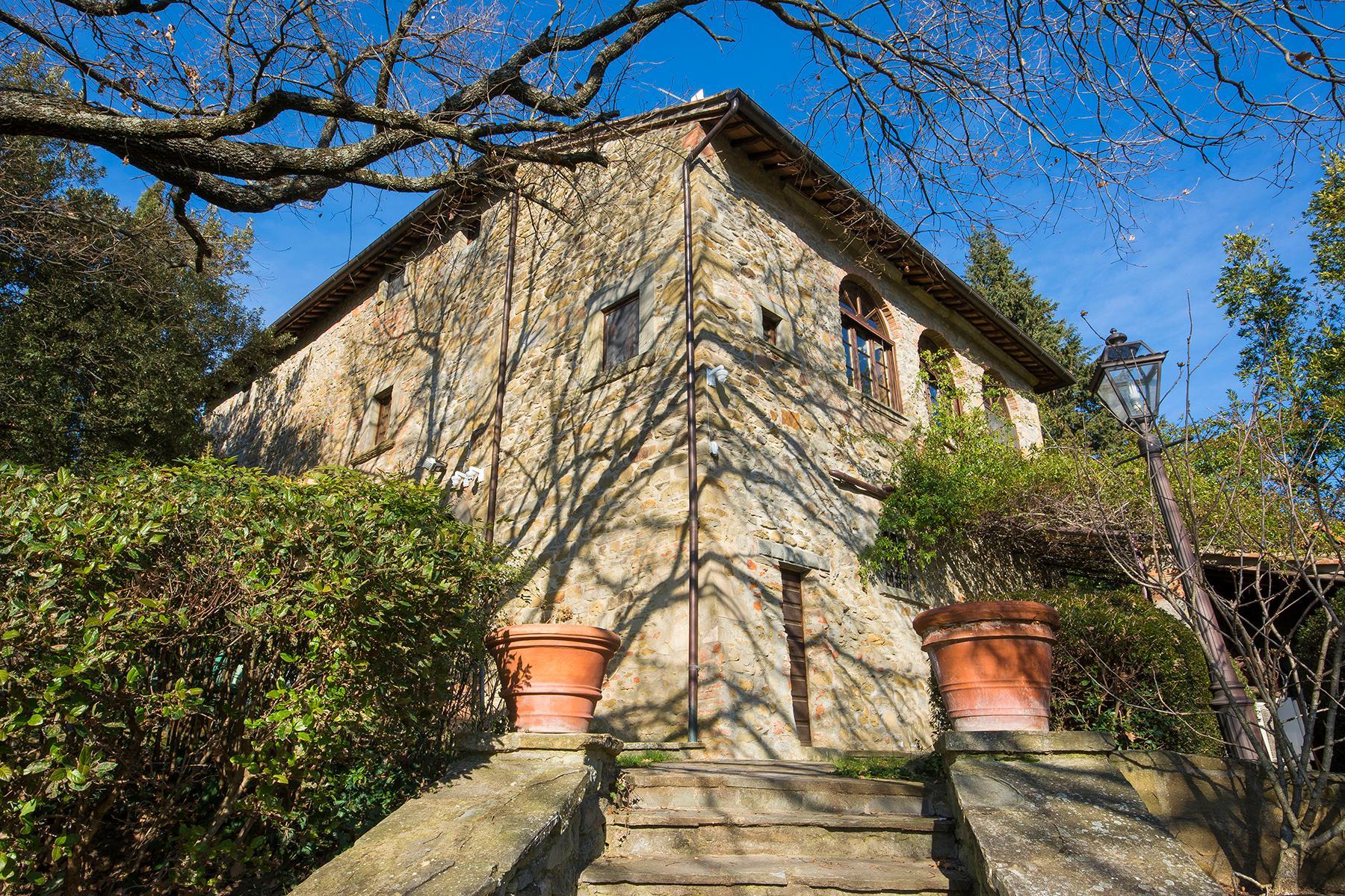 Magnificent villa with a breathtaking view in Cortona - 19