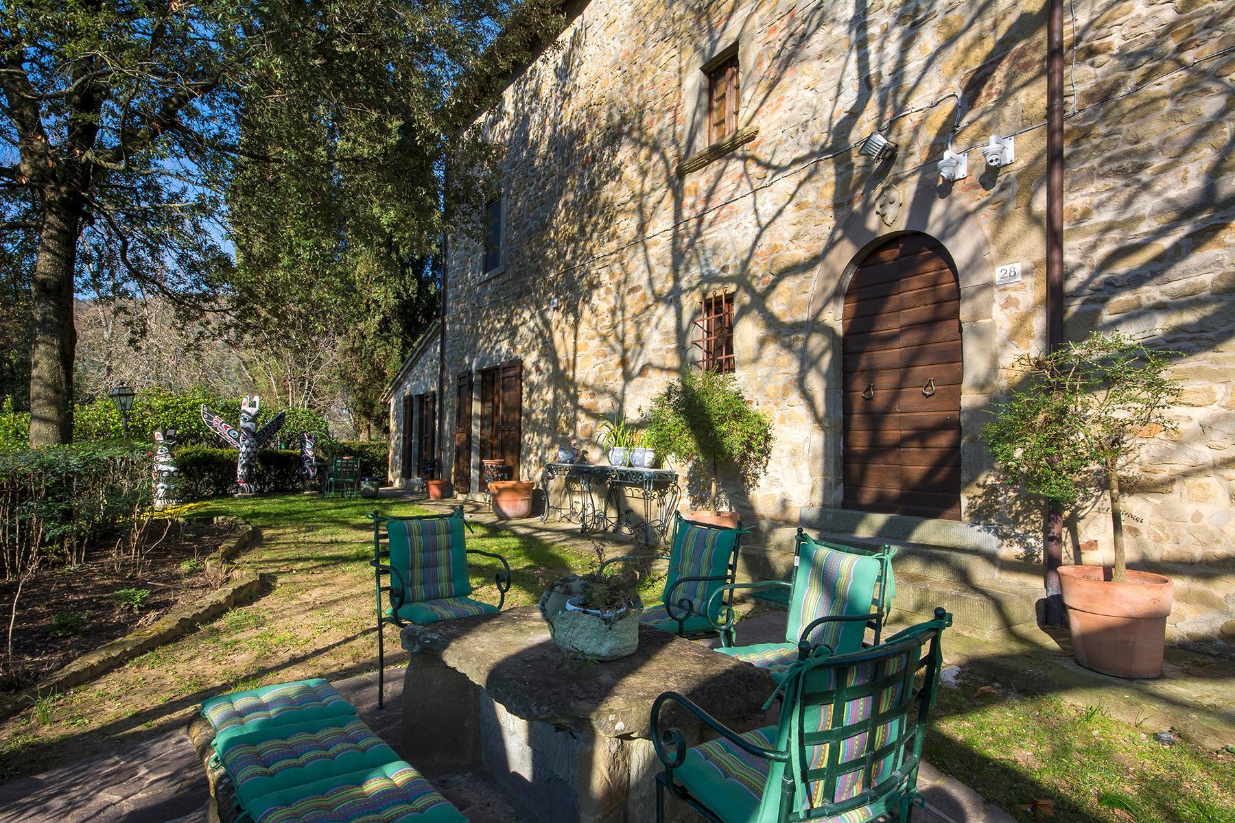 Magnificent villa with a breathtaking view in Cortona - 23