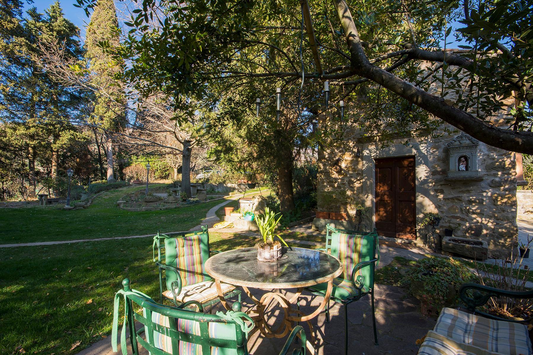 Magnificent villa with a breathtaking view in Cortona - 25