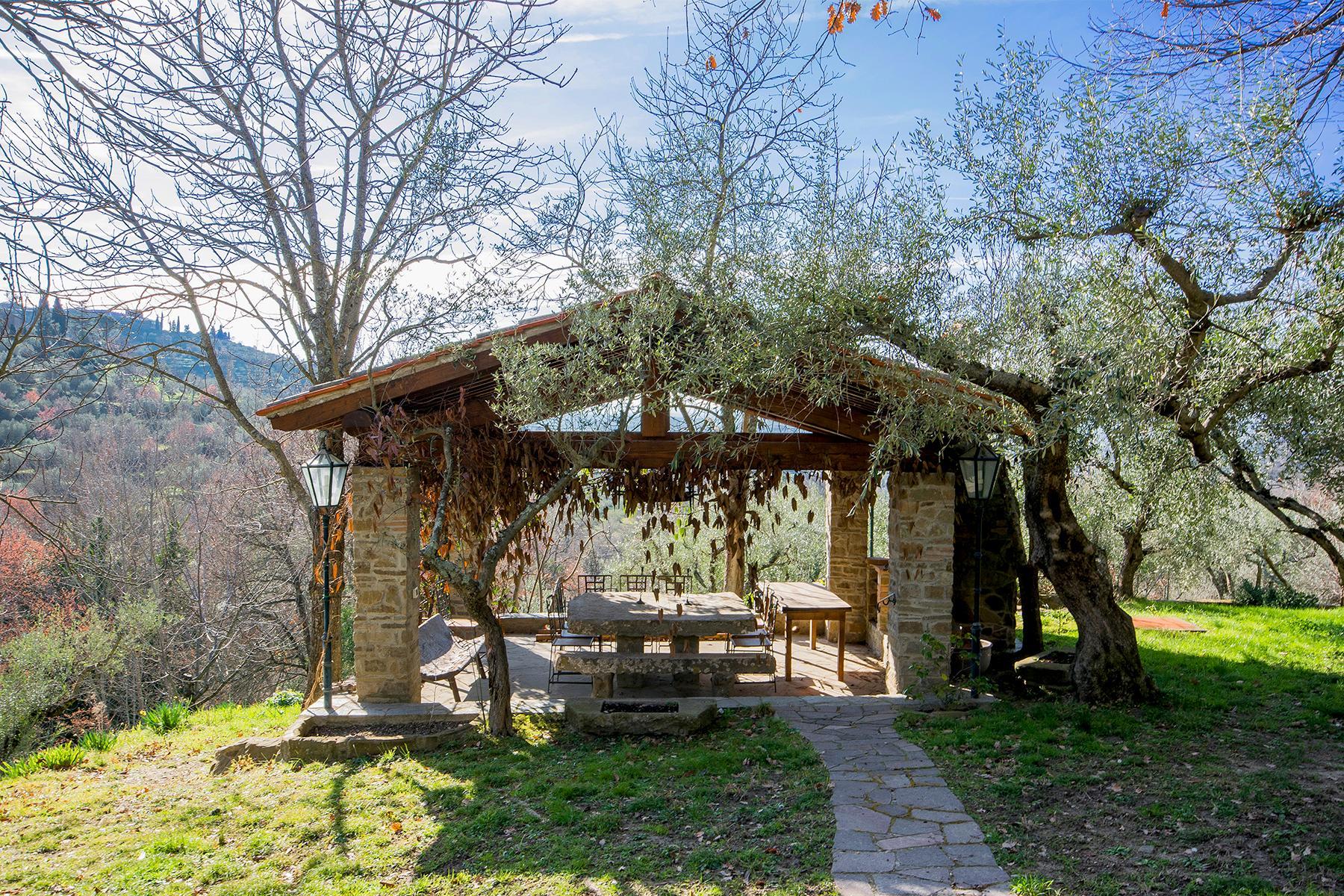 Magnificent villa with a breathtaking view in Cortona - 26