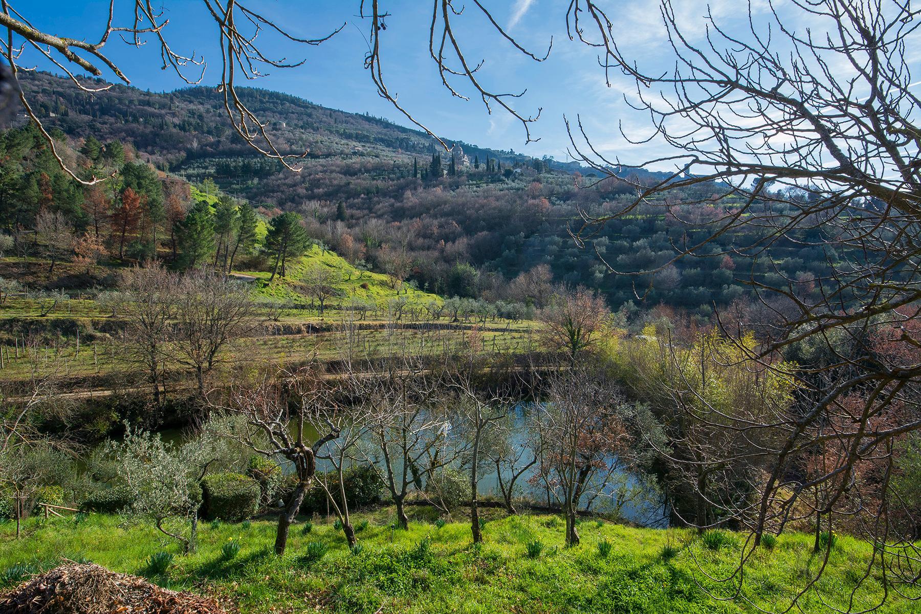 Magnificent villa with a breathtaking view in Cortona - 27