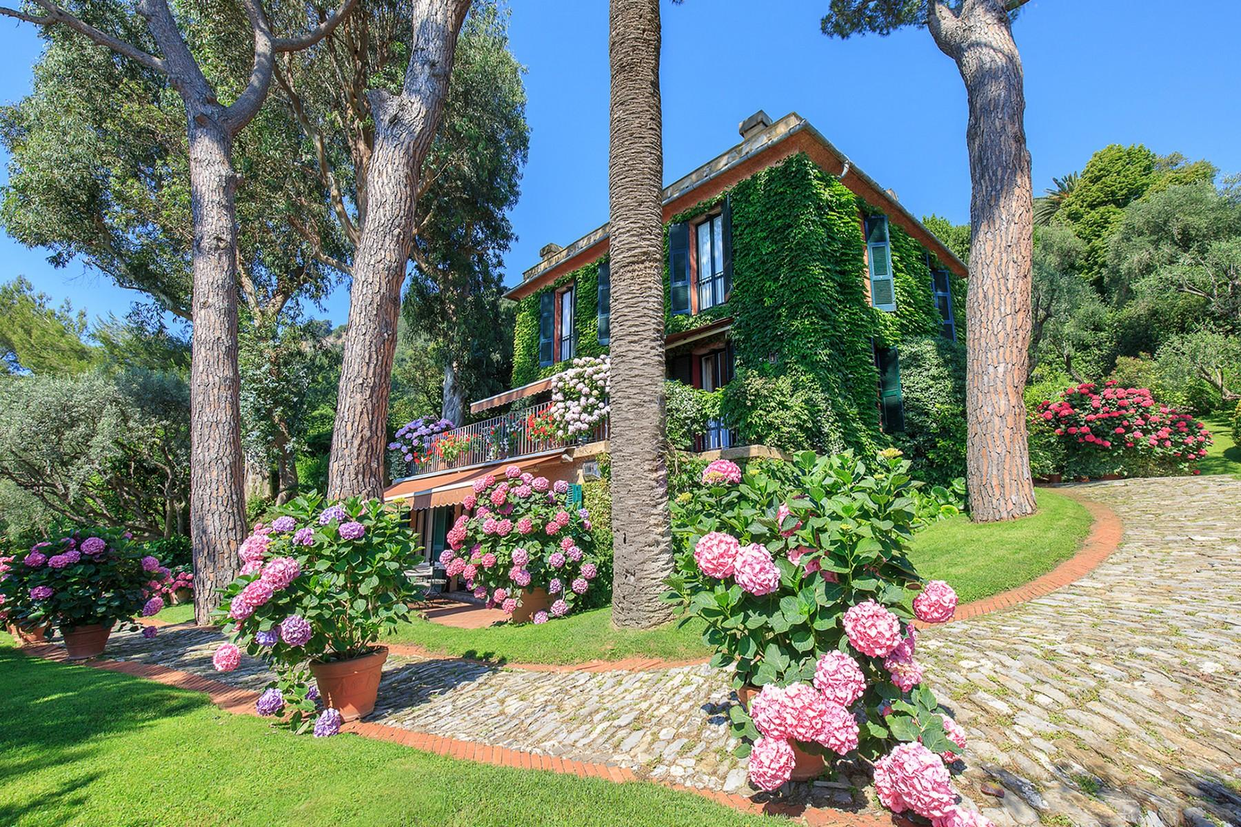 Majestic villa overlooking the Bay of Portofino - 1