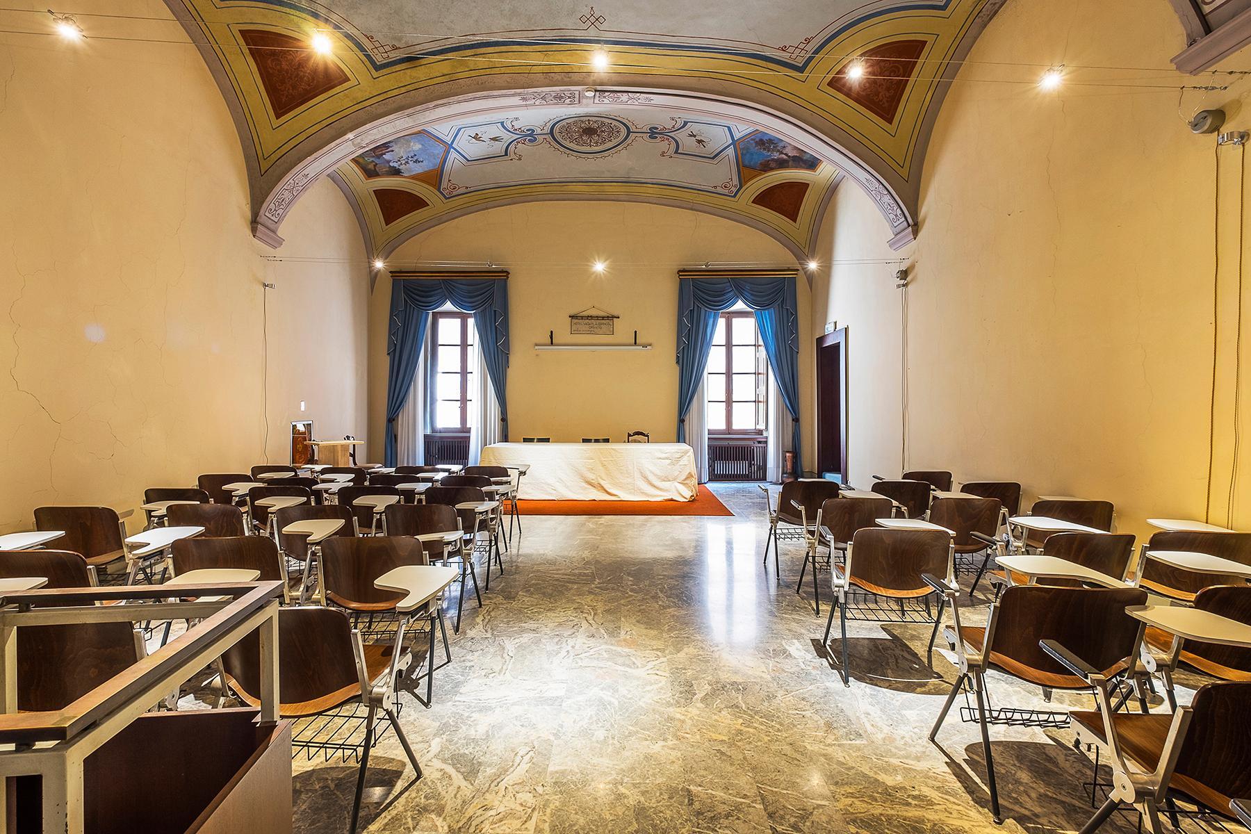 Исторический отель в центре Орвието - 1