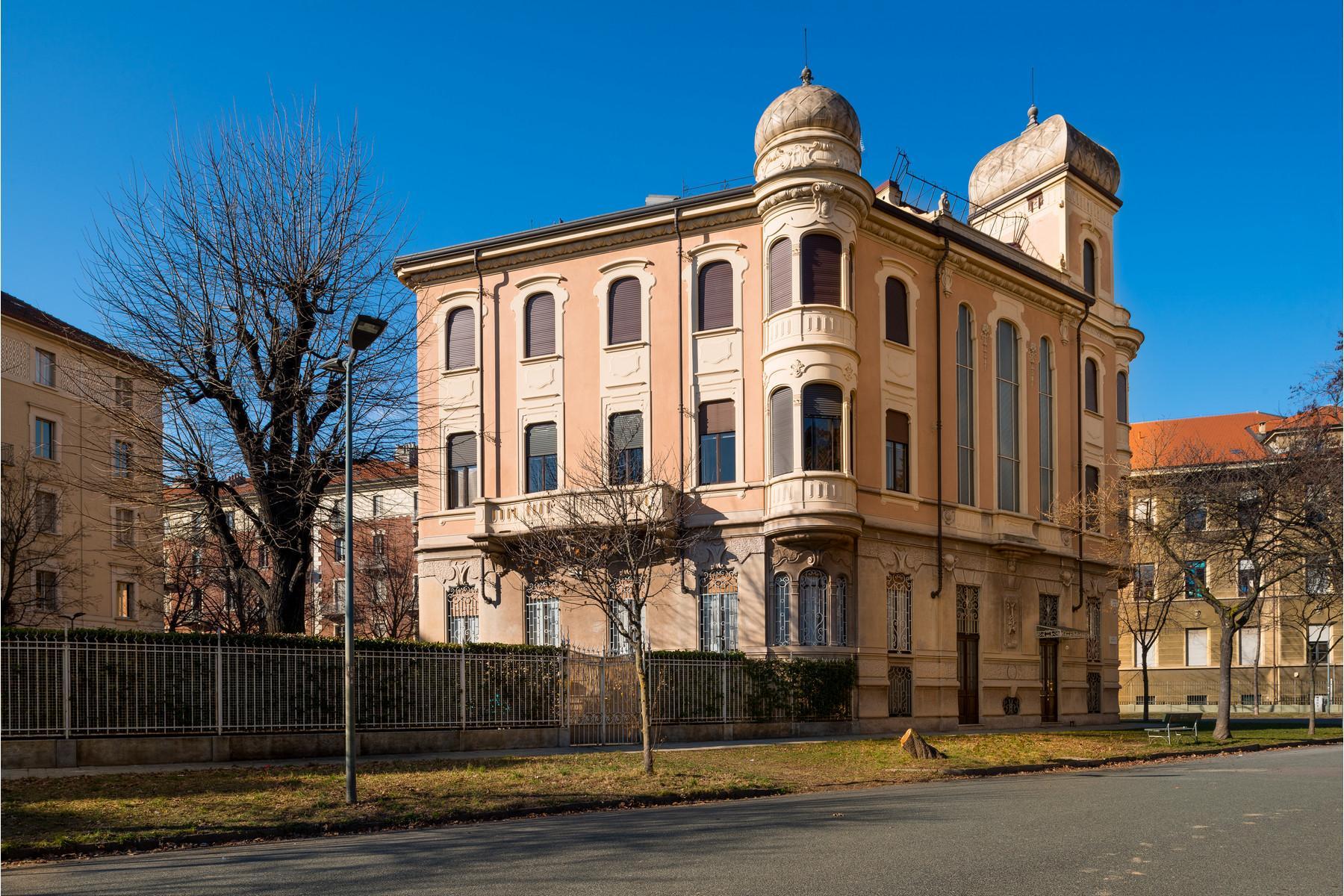 Prestigioso appartamento in villa nel cuore di Torino - 1