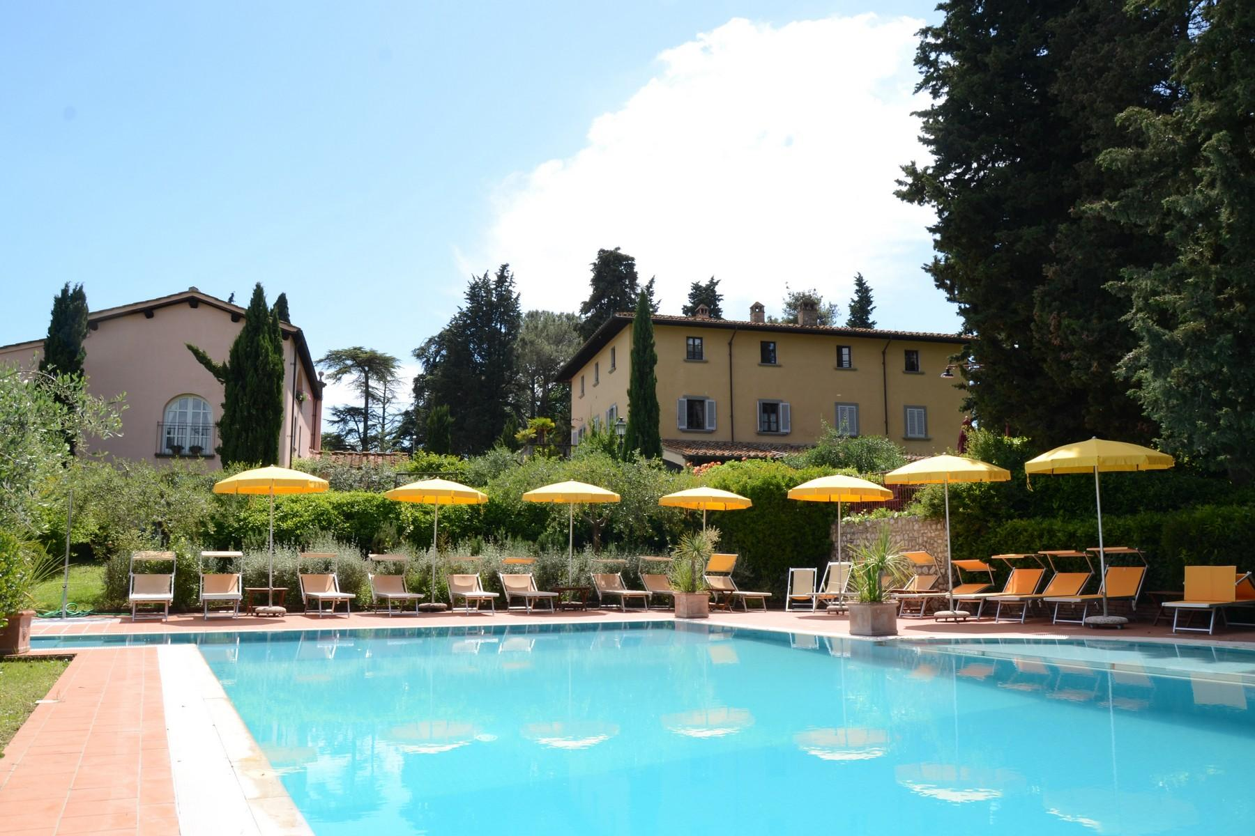 Charming holiday resort in the heart of Tuscany - 2