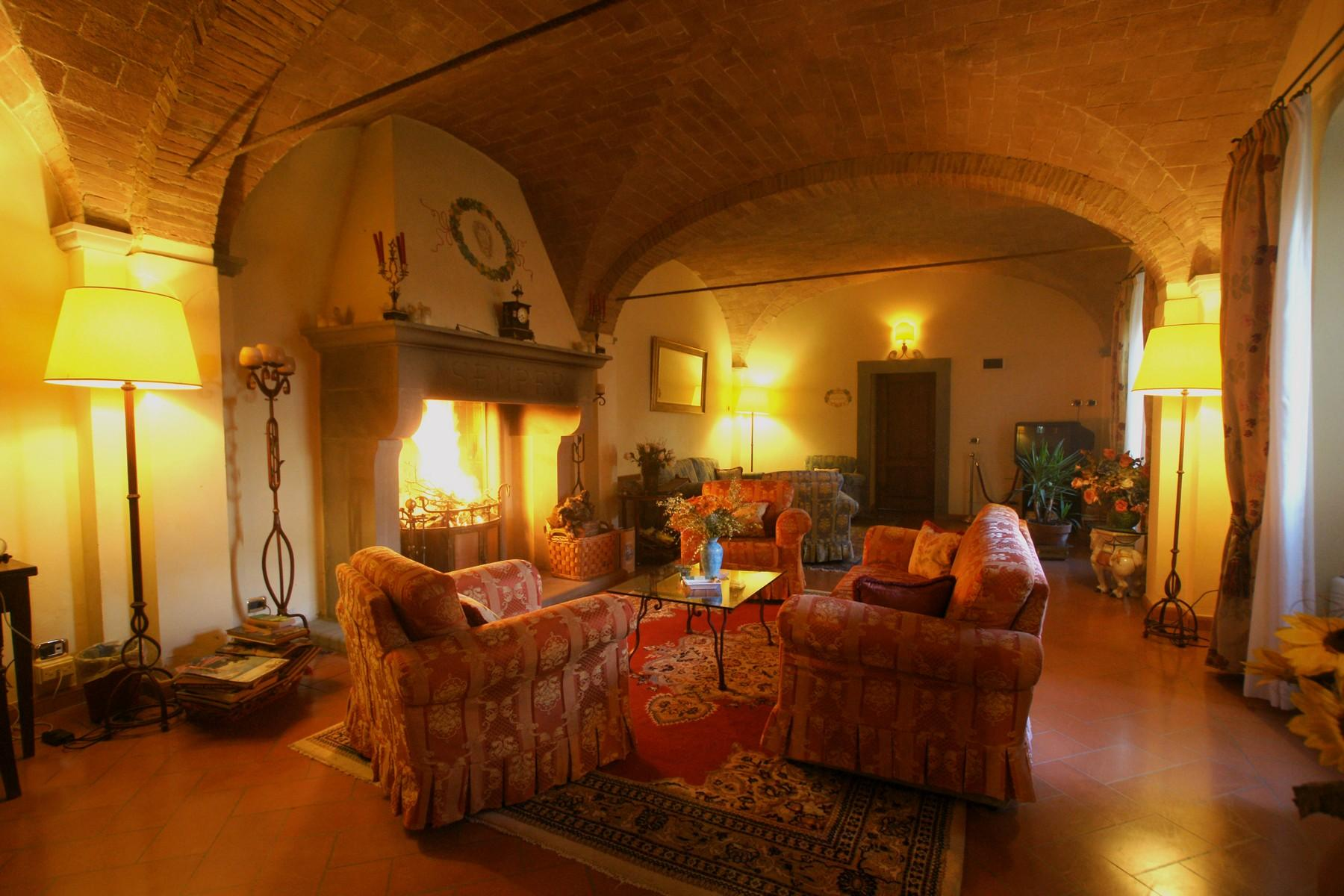 Charming holiday resort in the heart of Tuscany - 5