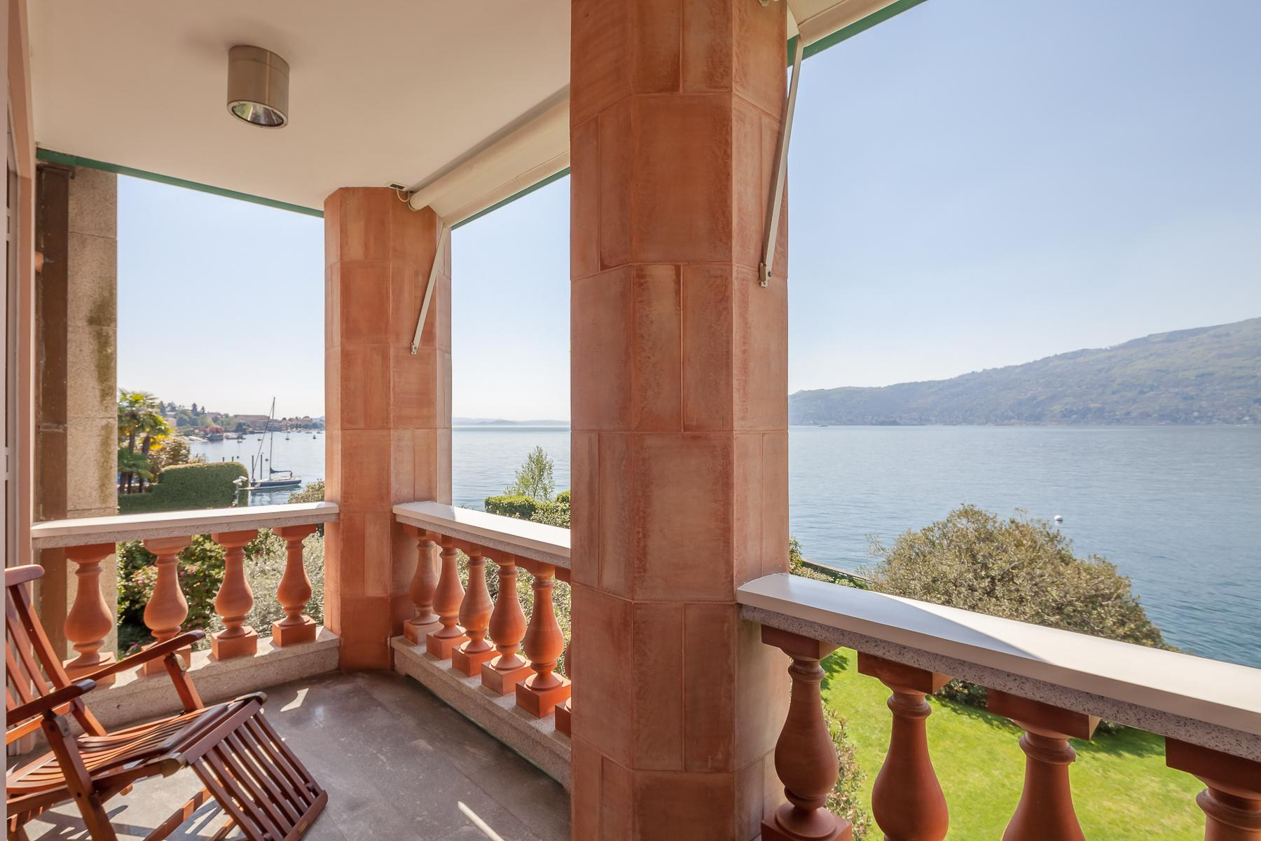 Villa with access to the lake designed and built by the architect Aldo Rossi - 21
