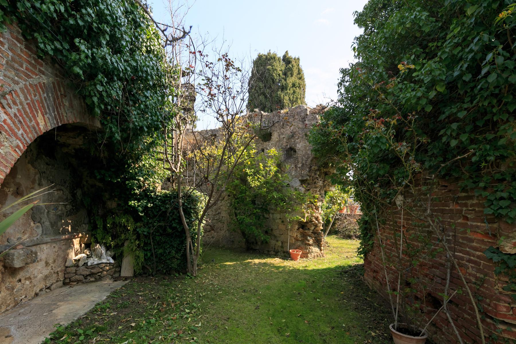 Wunderschönes Schloss auf den Versilia Hügeln - 25