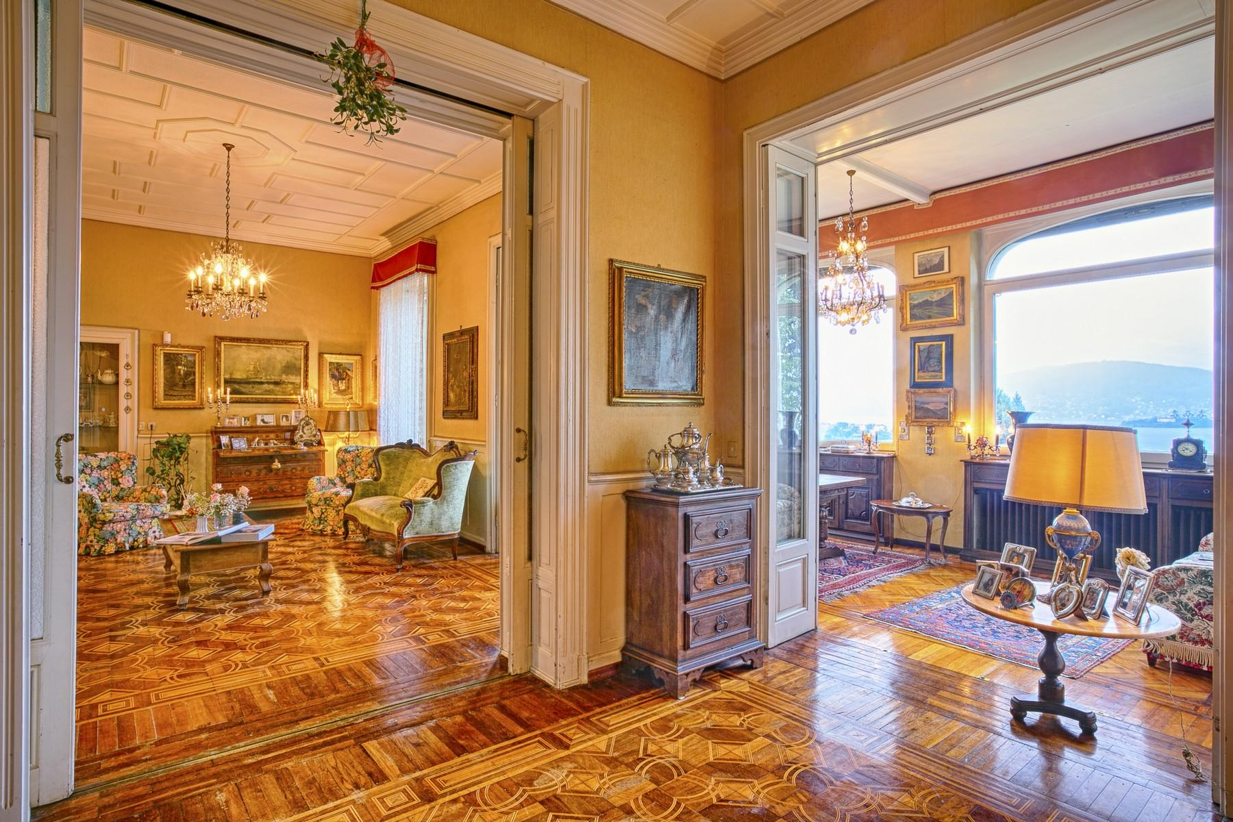 Renowned villa with amazing views on Lake Maggiore - 12