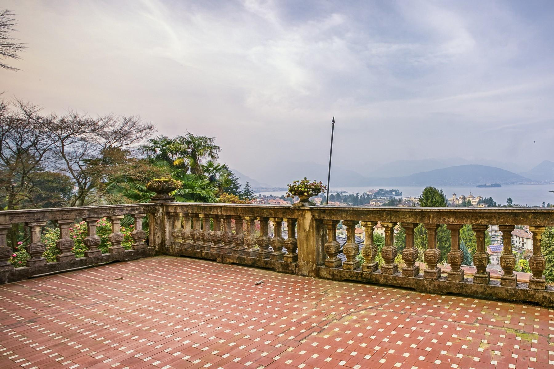 Renowned villa with amazing views on Lake Maggiore - 21
