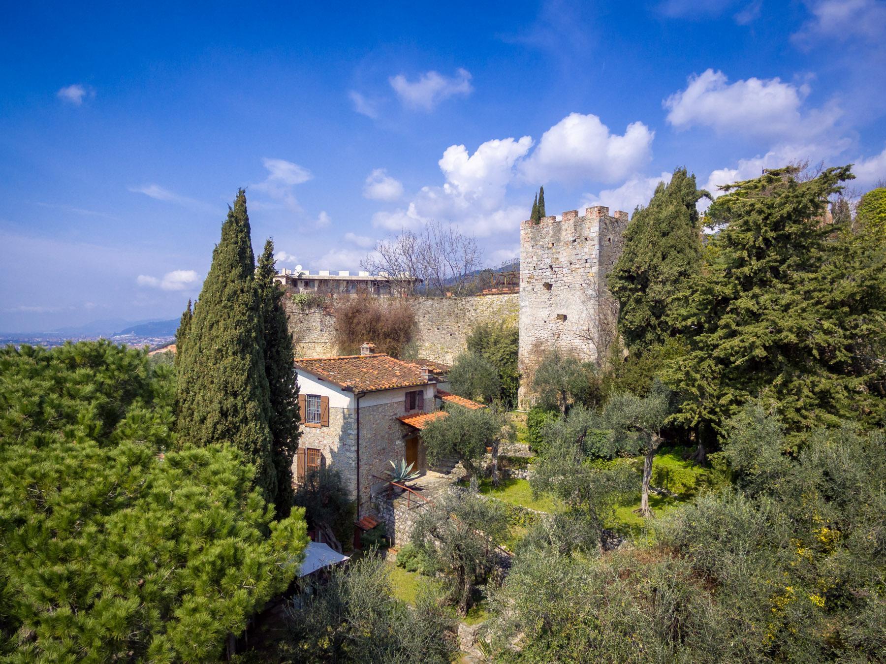 Wunderschönes Schloss auf den Versilia Hügeln - 12