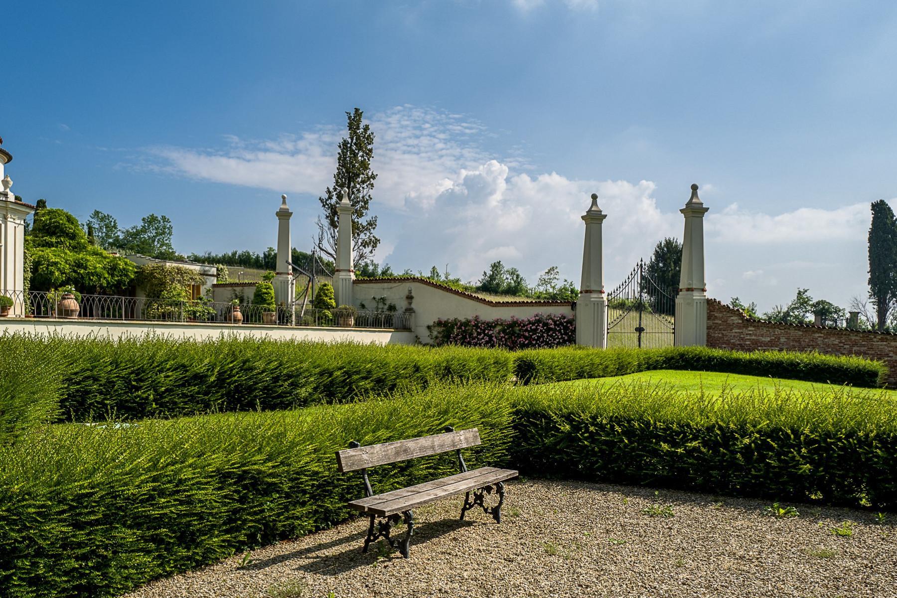 Apartment in a historical villa in Chieri - 18