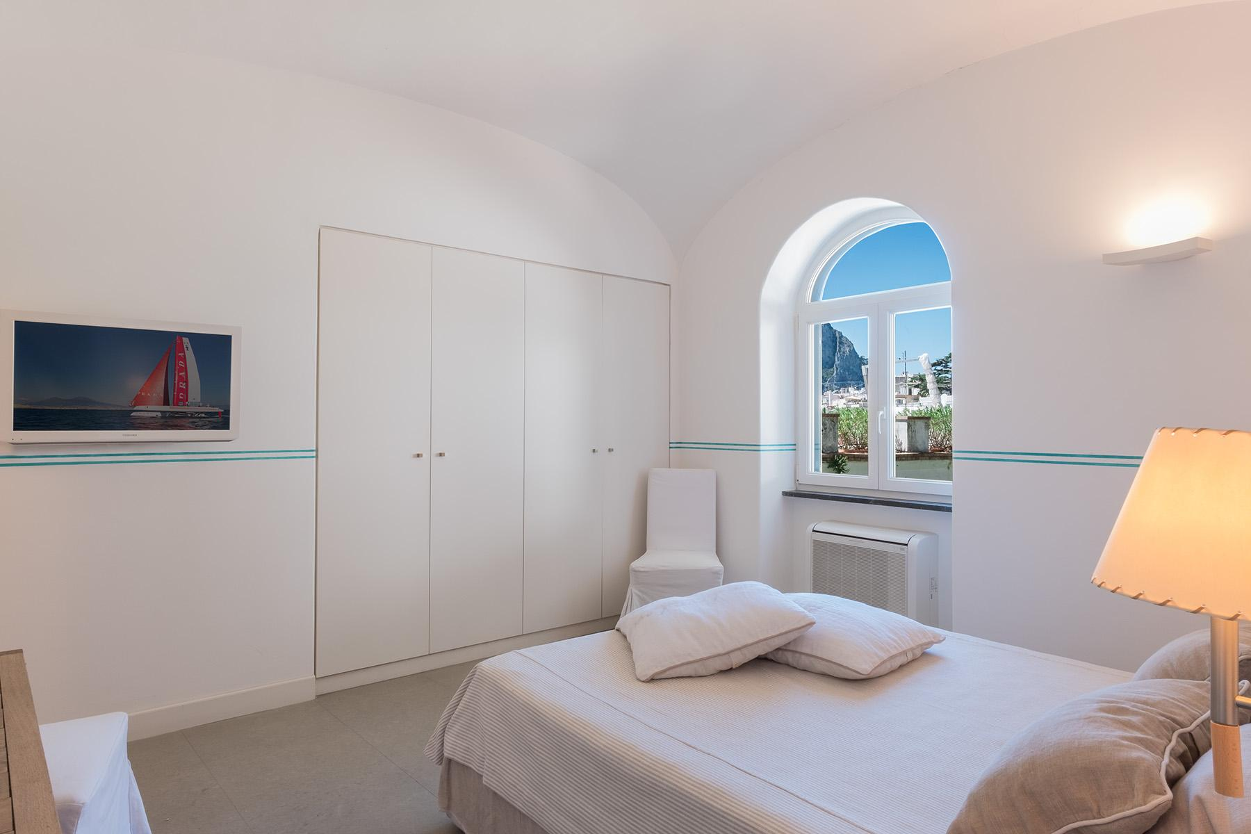 Beautiful apartamanent with garden in the centre of Capri - 12