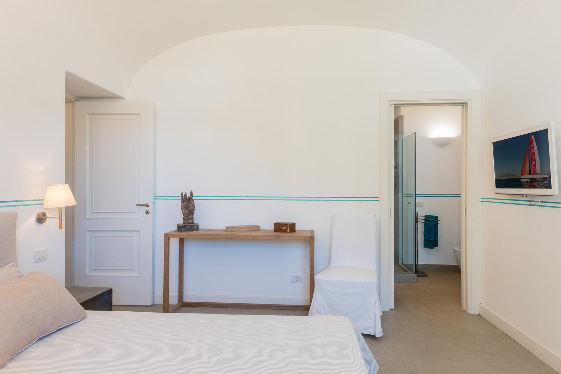 Beautiful apartamanent with garden in the centre of Capri - 18