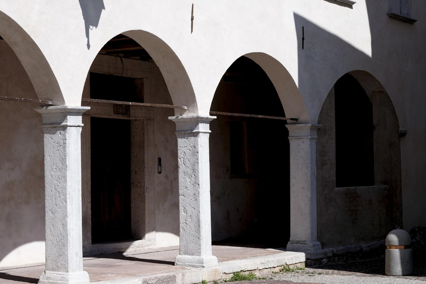 Apartment on the second floor in a charming historic building in Belluno. - 12