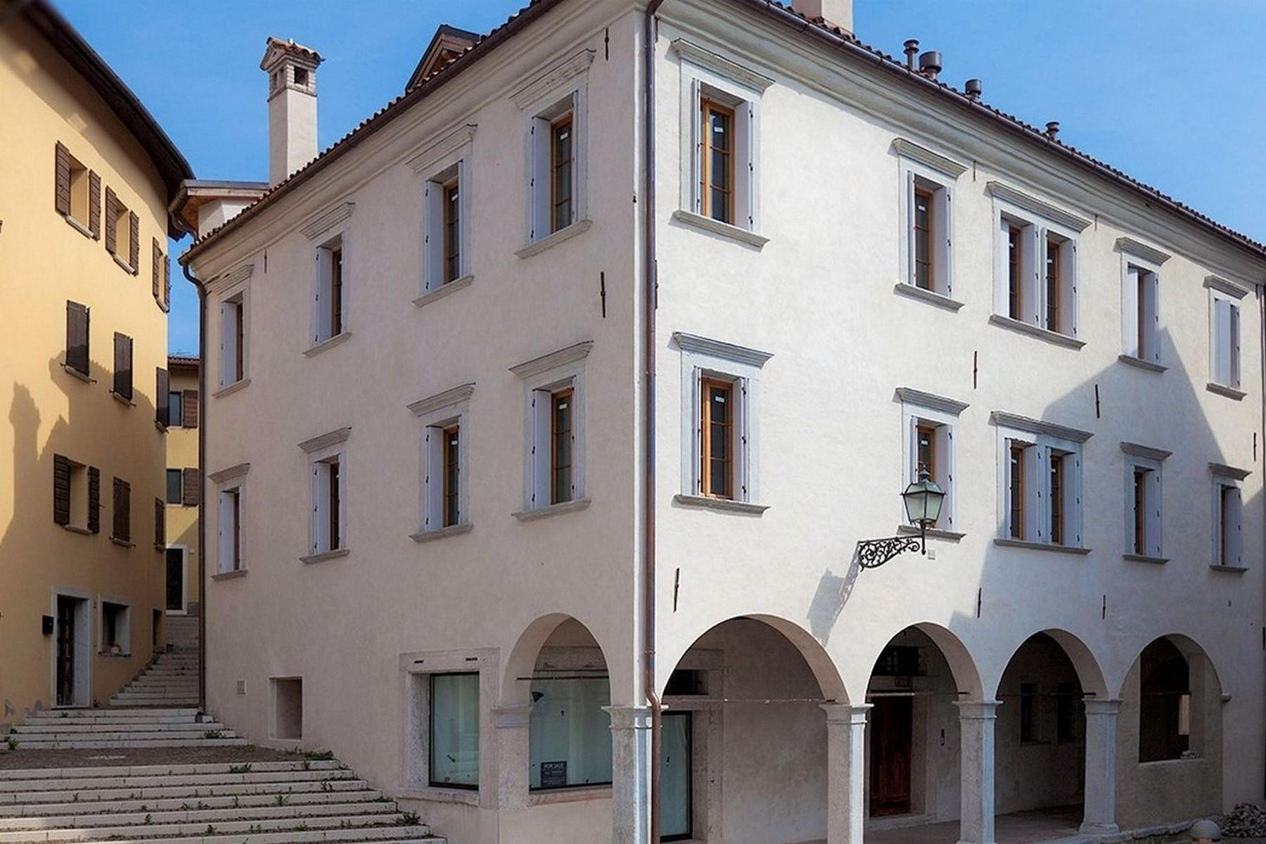 Maisonette in a charming historic building in the heart of the ancient Belluno. - 13
