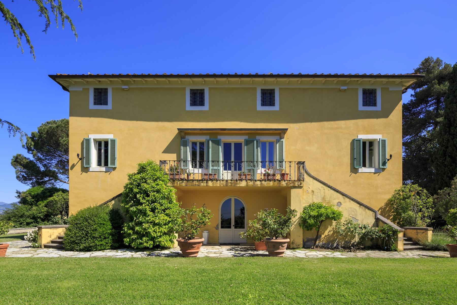 Elegant villa on the Tuscan hills - 2