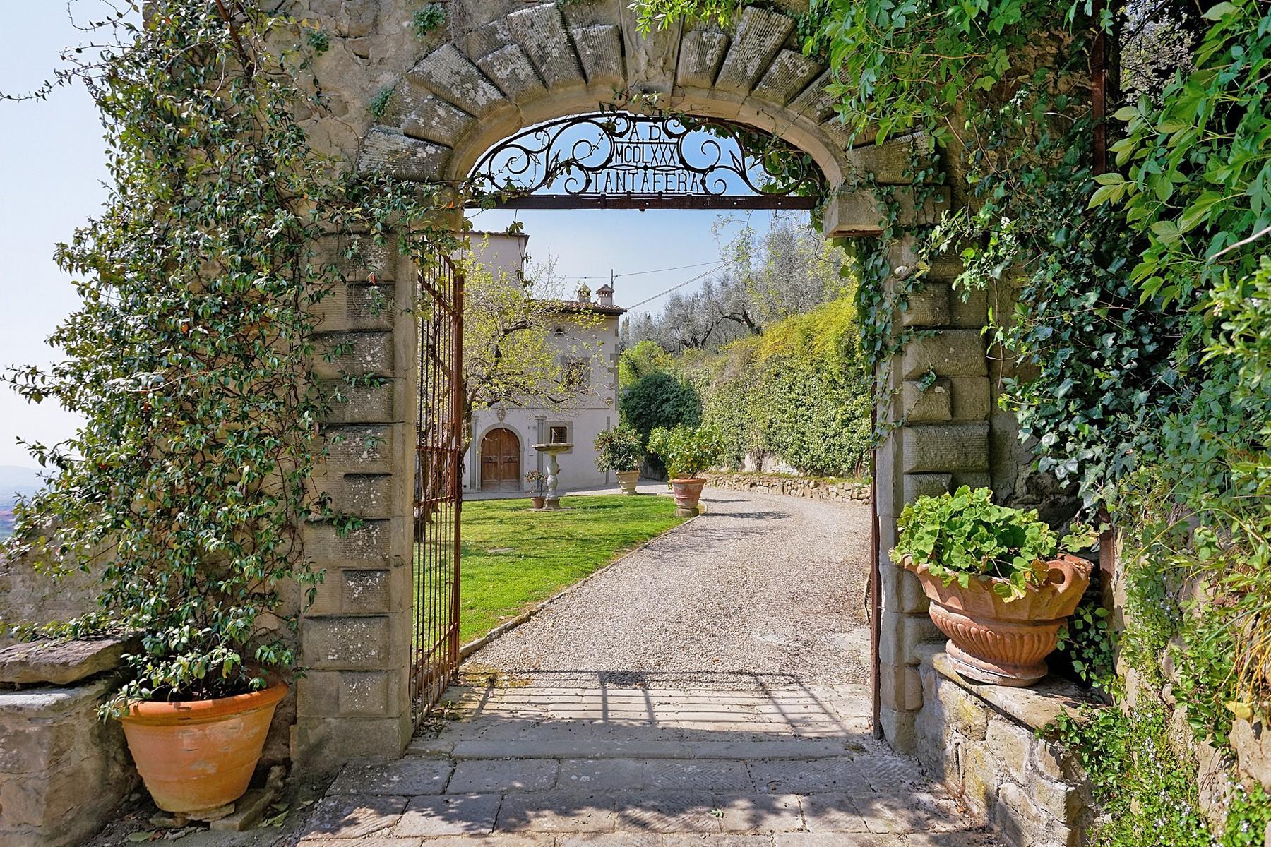 Wunderschöne Villa mit Pool auf den Hügeln von Florenz - 3