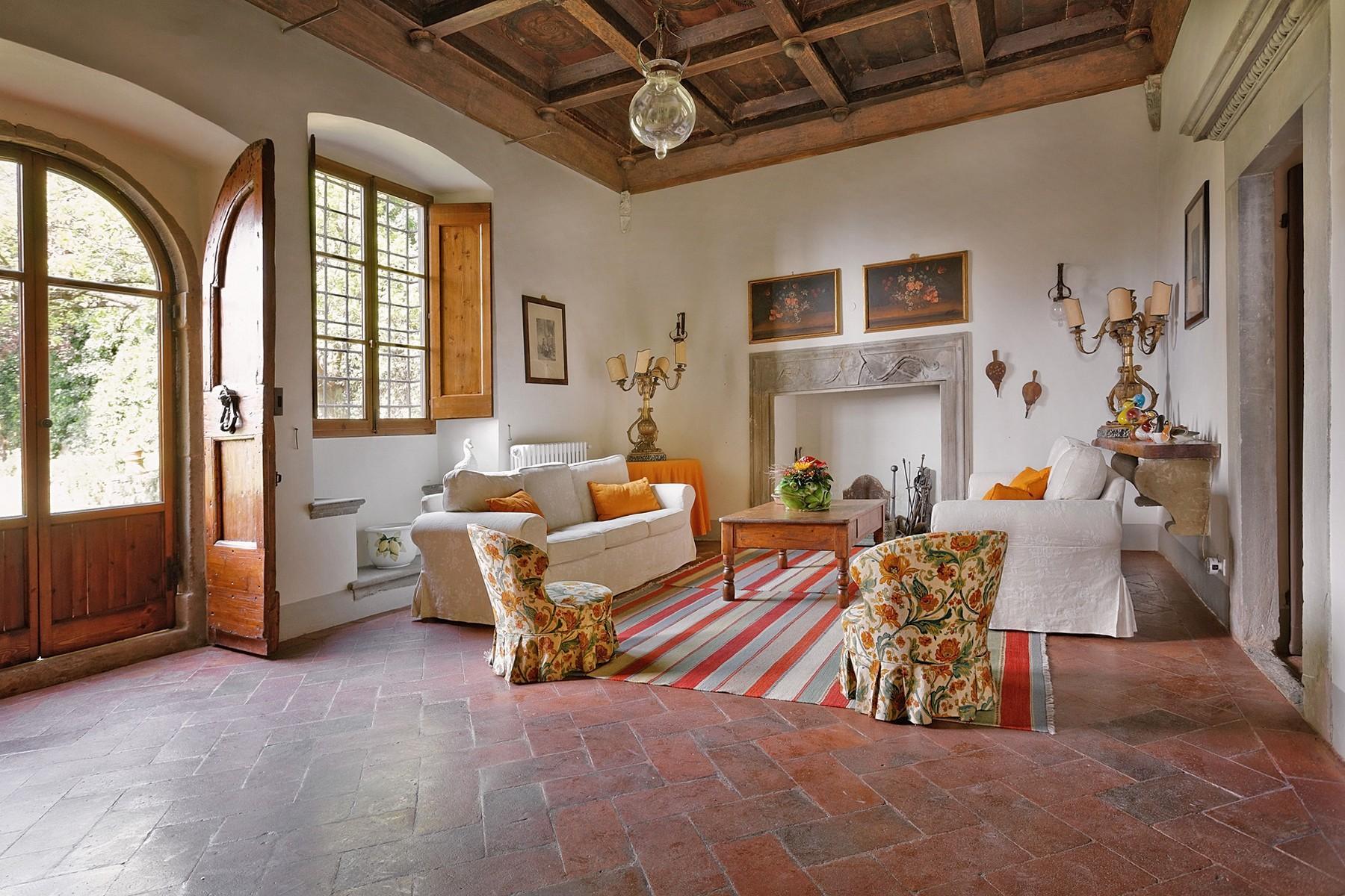 Wunderschöne Villa mit Pool auf den Hügeln von Florenz - 7