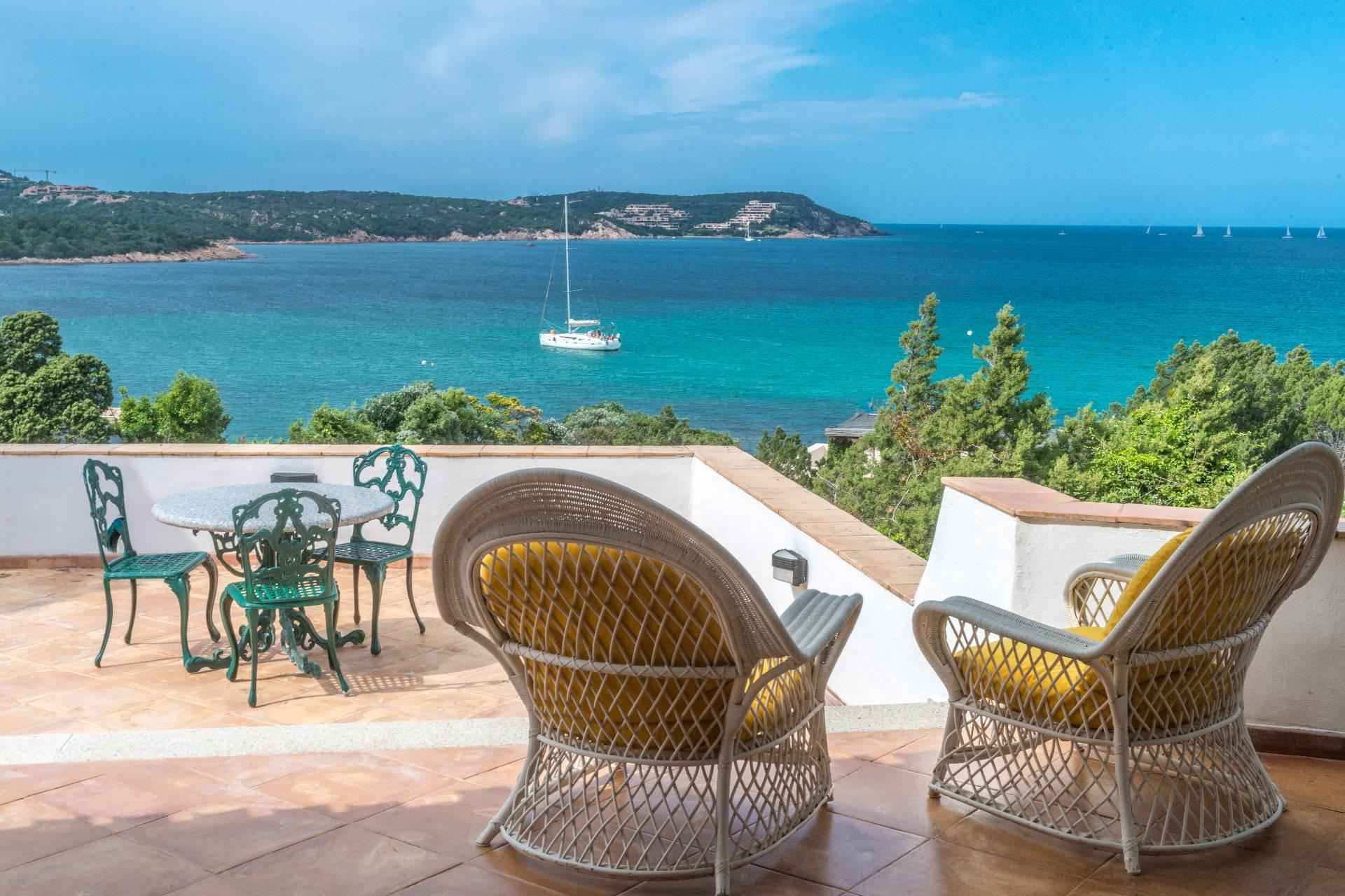 Porto Cervo, Pevero Villa with panoramic view on the Pevero Bay - 1