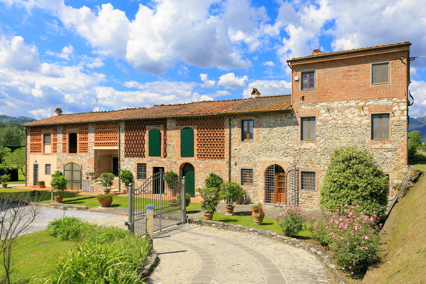 Antikes Bauernhaus auf dem Land von Lucca - 2