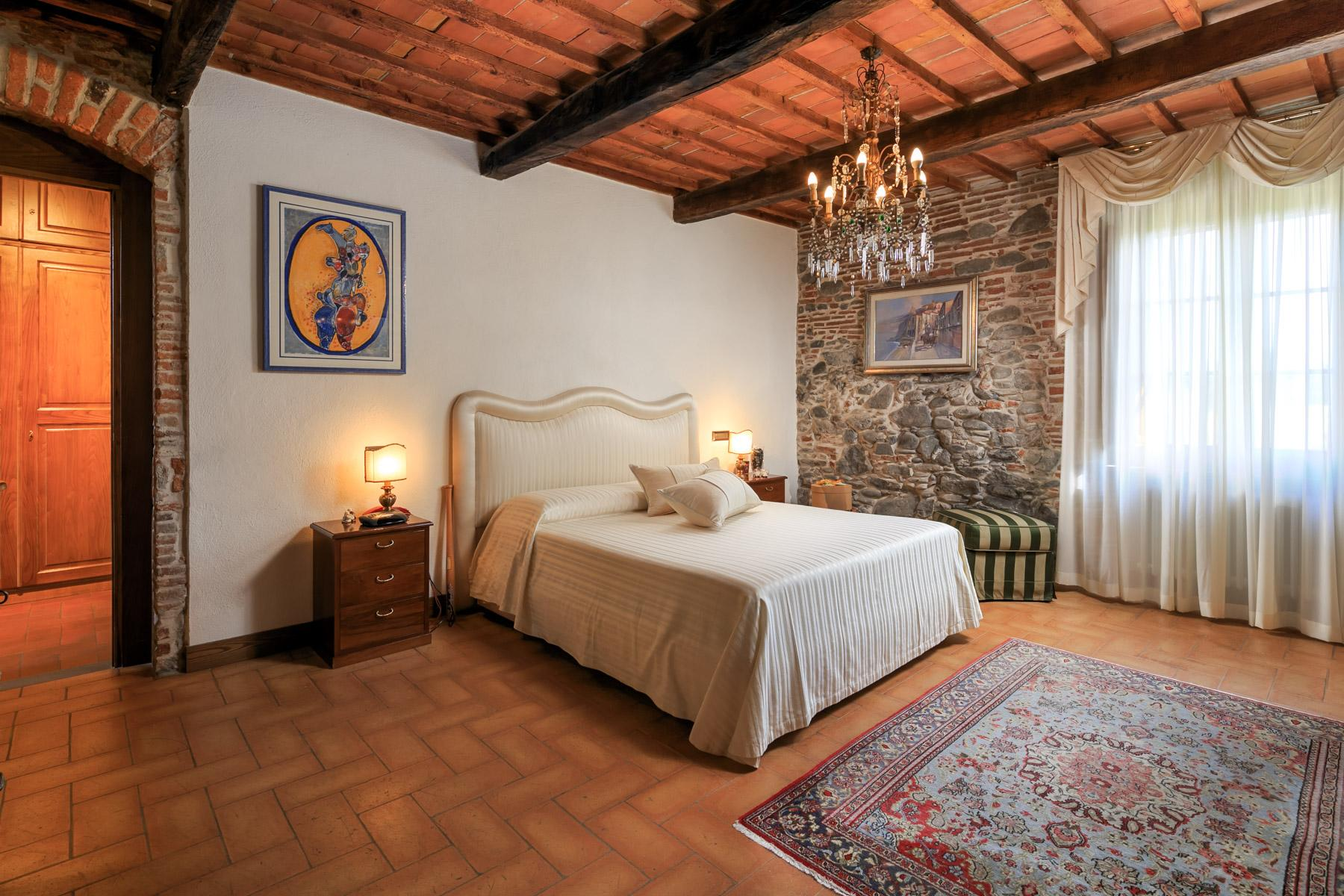 Antikes Bauernhaus auf dem Land von Lucca - 8