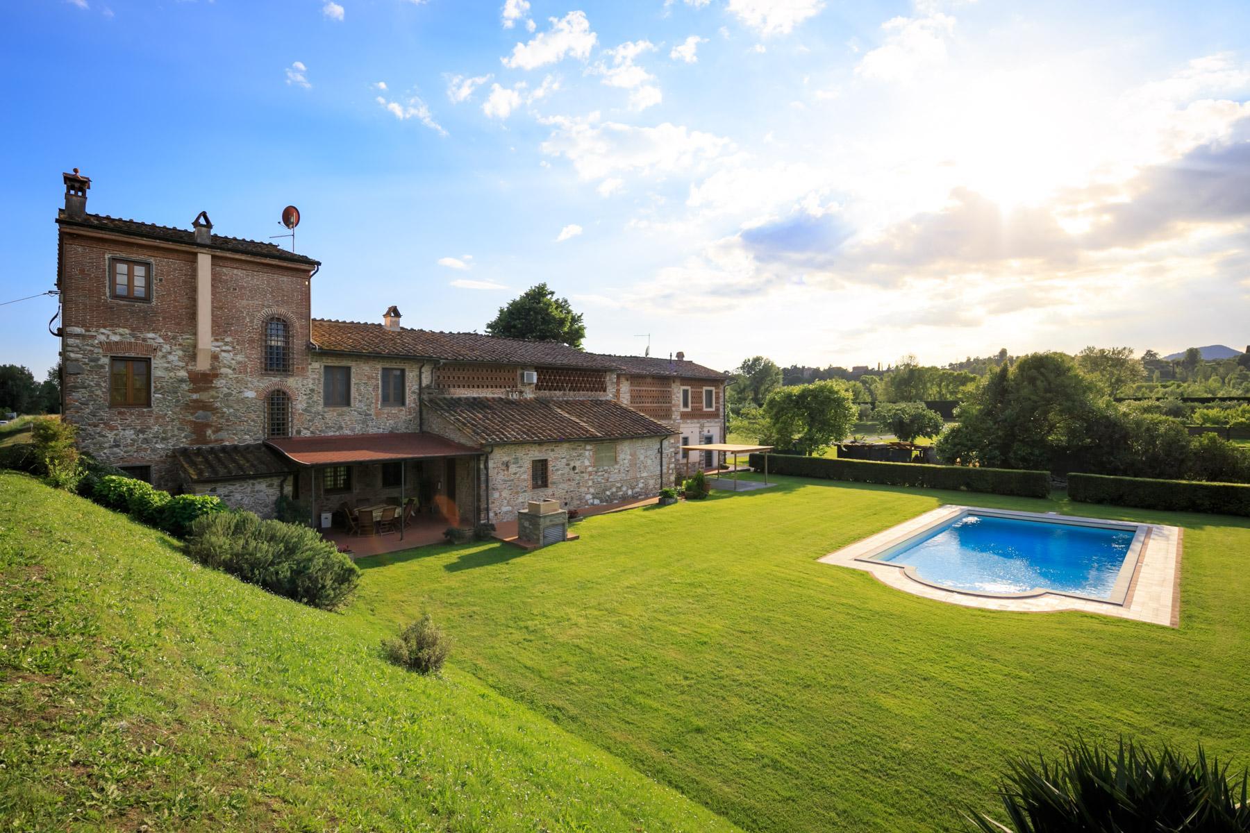 Antikes Bauernhaus auf dem Land von Lucca - 12