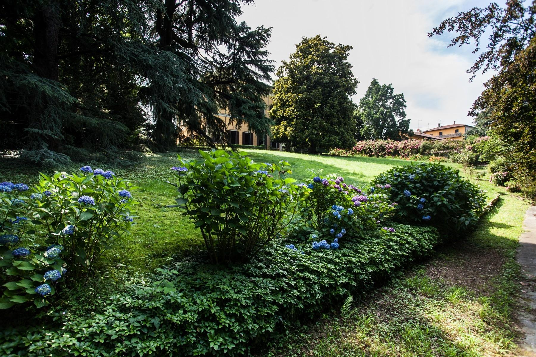 Elégante villa historique dans un parc botanique - 8