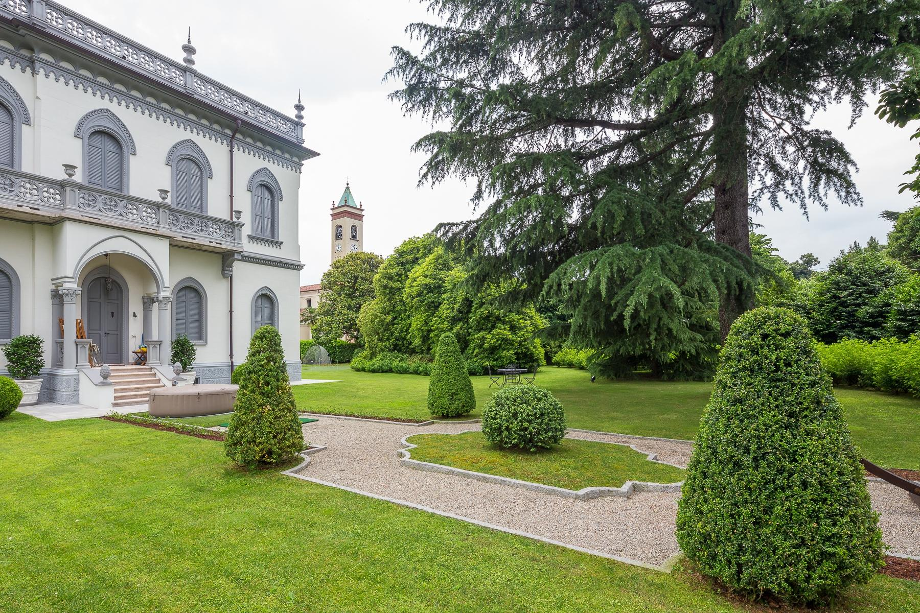 Art-Nouveau villa on the shores of Lesa - 5