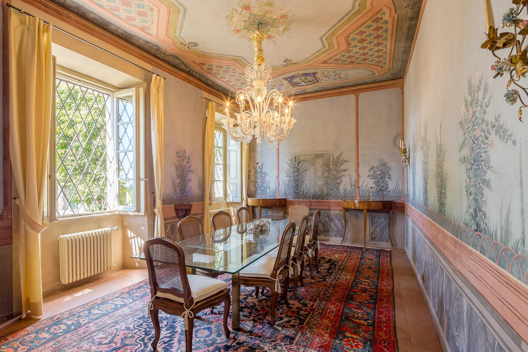 The charm of the XVII century in the hills - 11