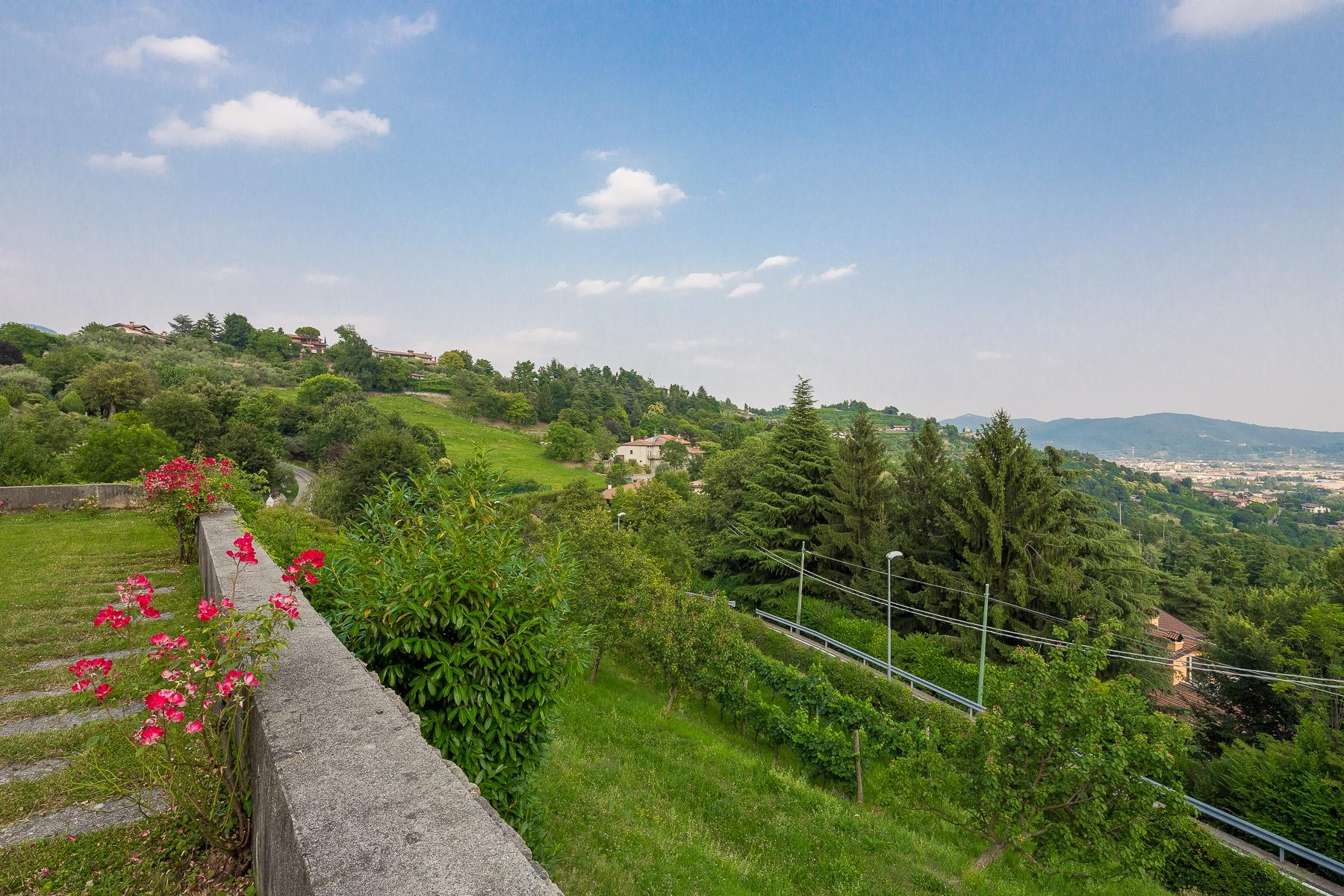 Wonderful property in the Bergamo hills - 27