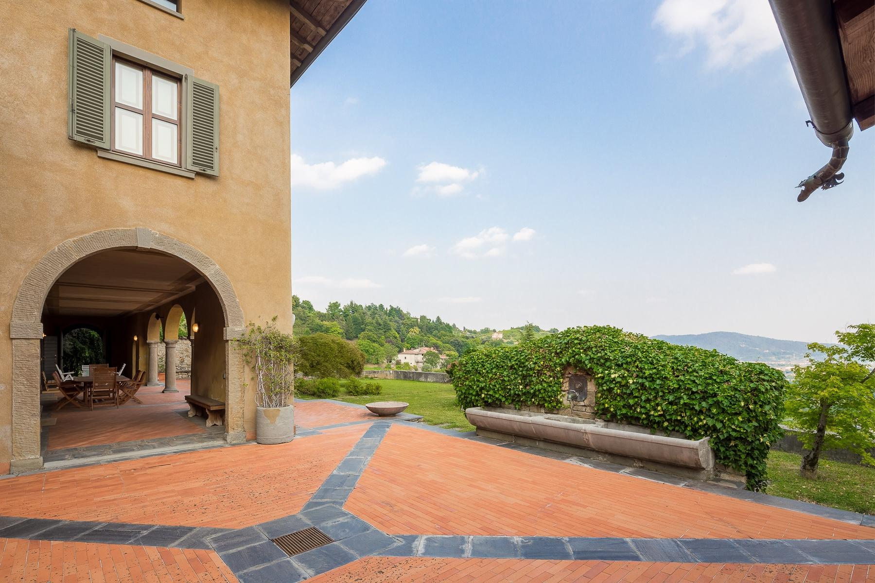 Wonderful property in the Bergamo hills - 17