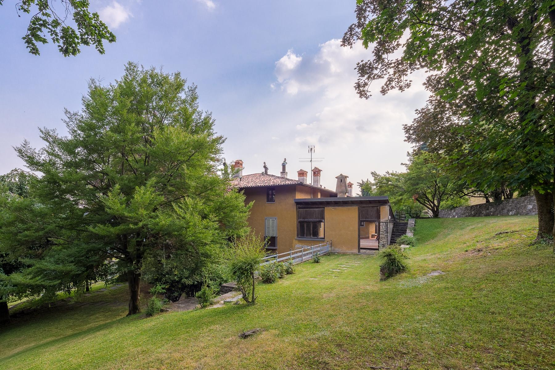 Wonderful property in the Bergamo hills - 19