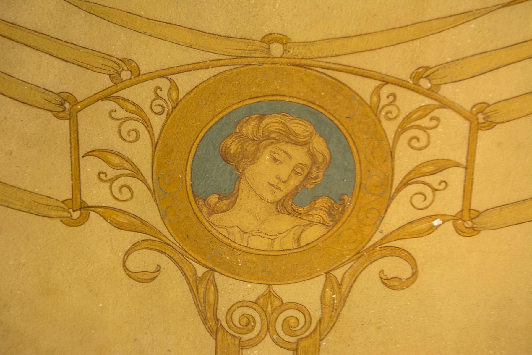 Magnifique villa à restaurer avec des fresques - 11