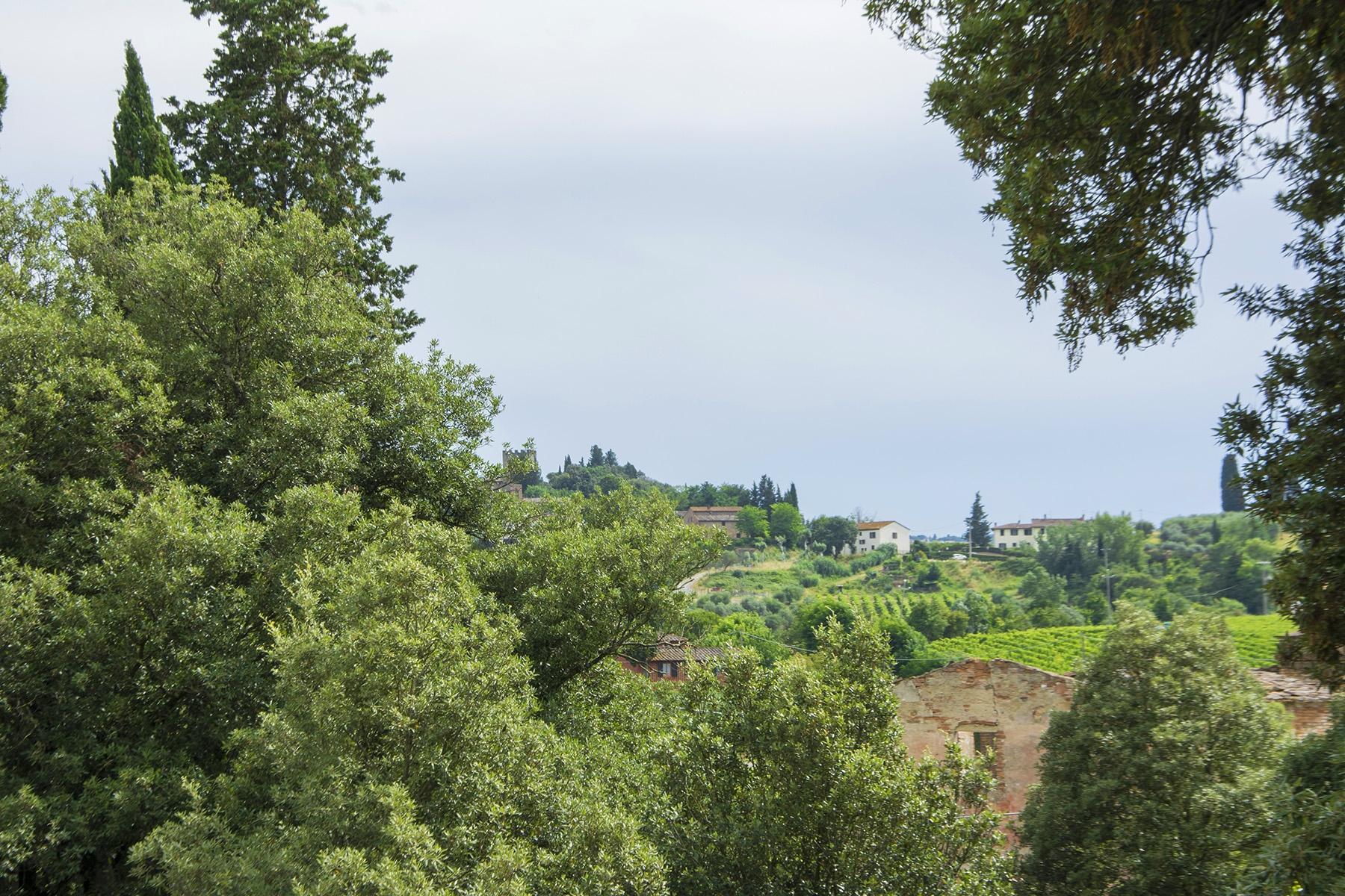 Magnifique villa à restaurer avec des fresques - 18
