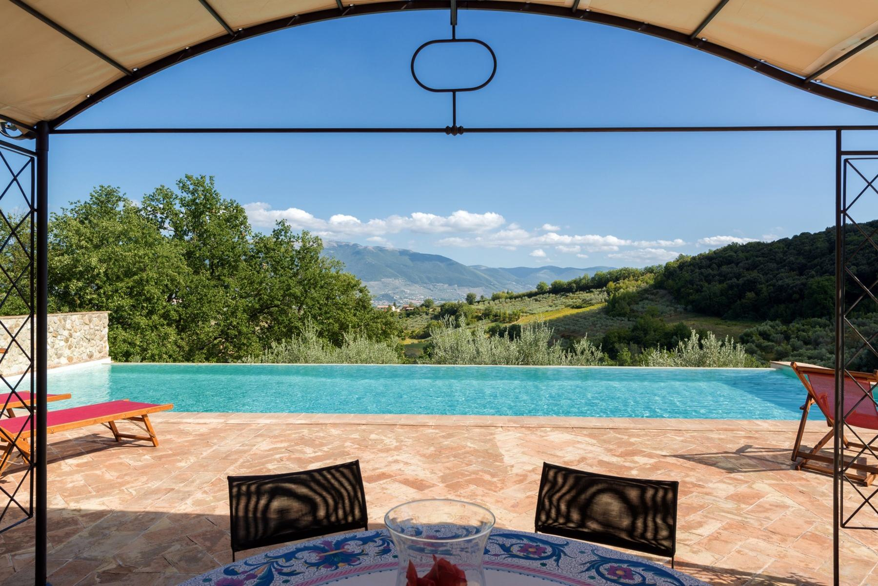 Enchanting property in the Umbrian hills - 5