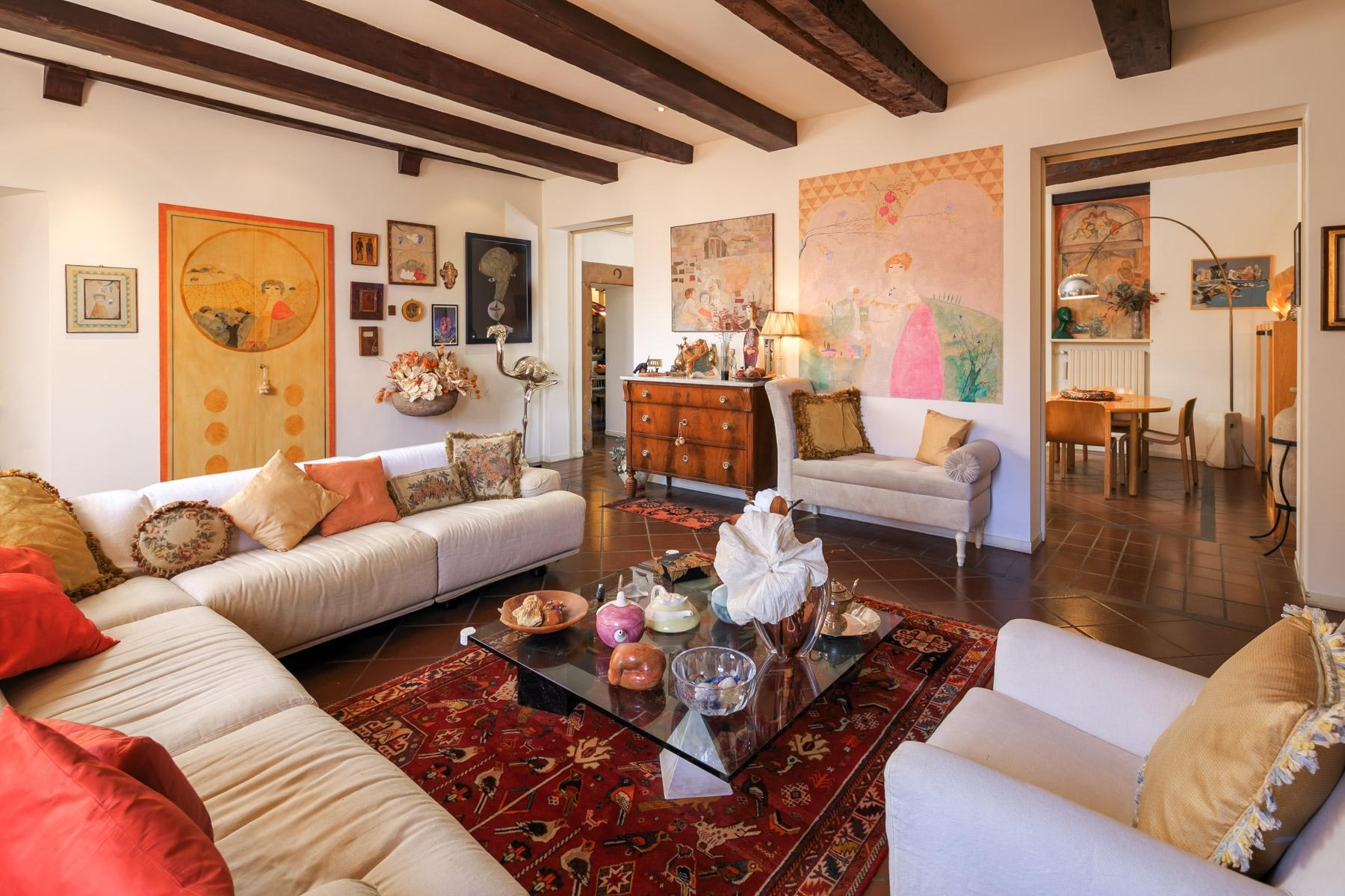 Beautiful apartment in the heart of Lucca - 2