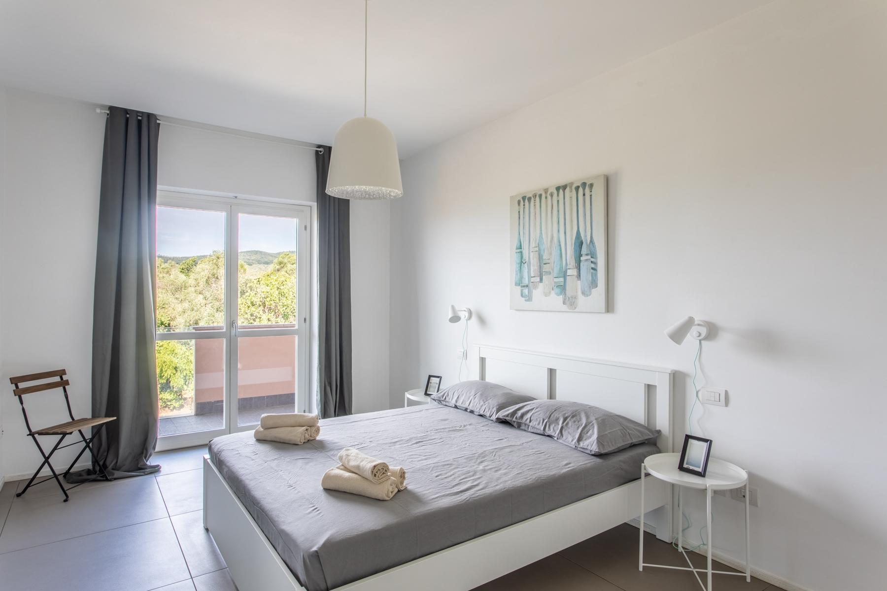 Front Lake Renovated apartment in Trevignano - 9