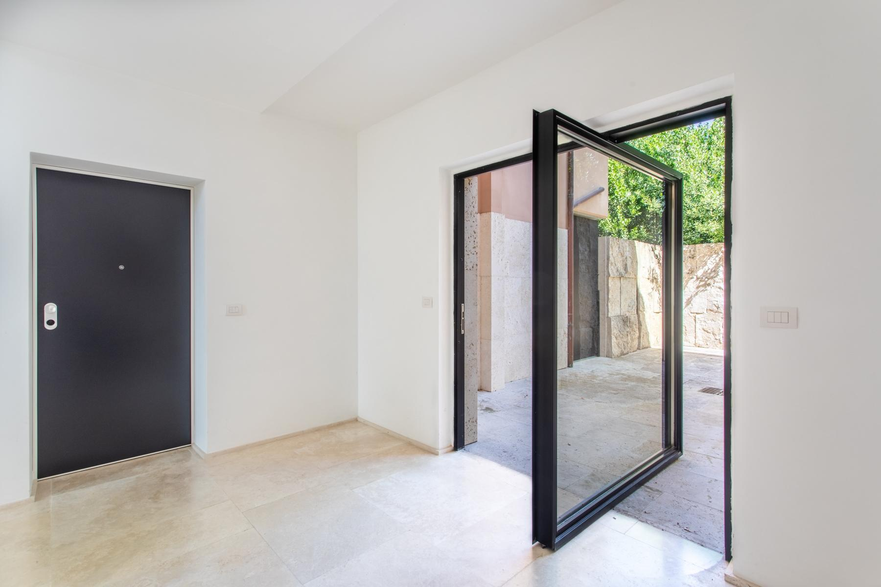 Front Lake Renovated apartment in Trevignano - 19