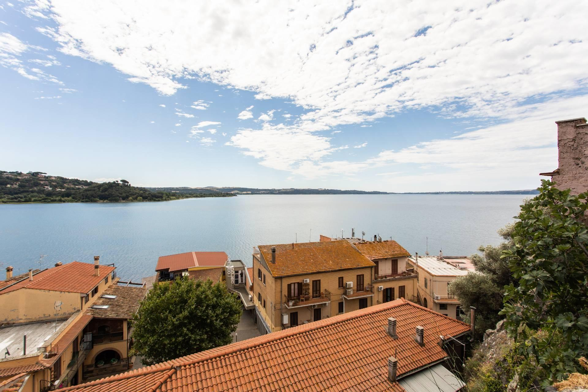 Beautiful town house on  Bracciano Lake - 13