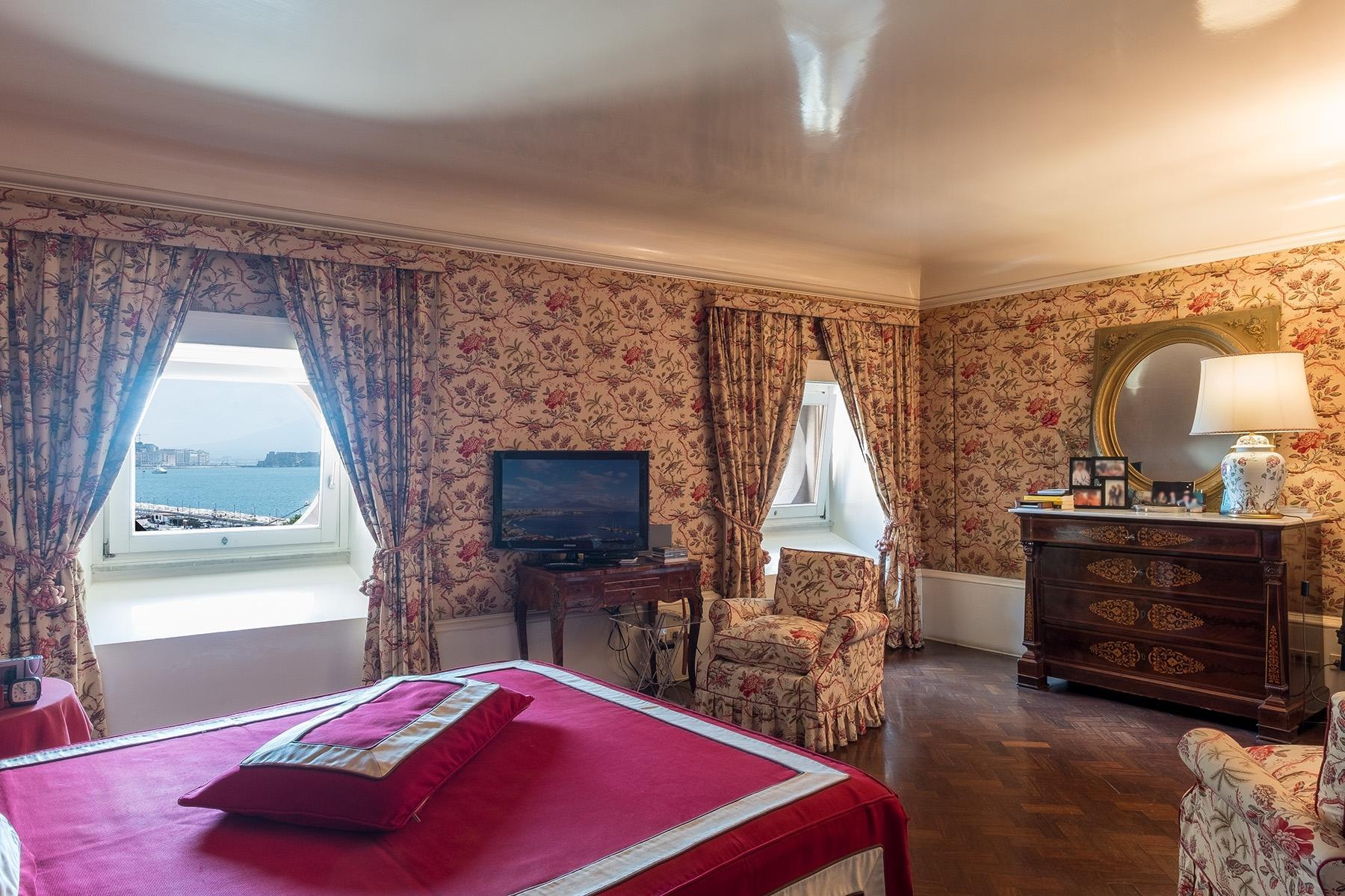 坐落在Mergellina街道历史建筑中的度假公寓 - 9