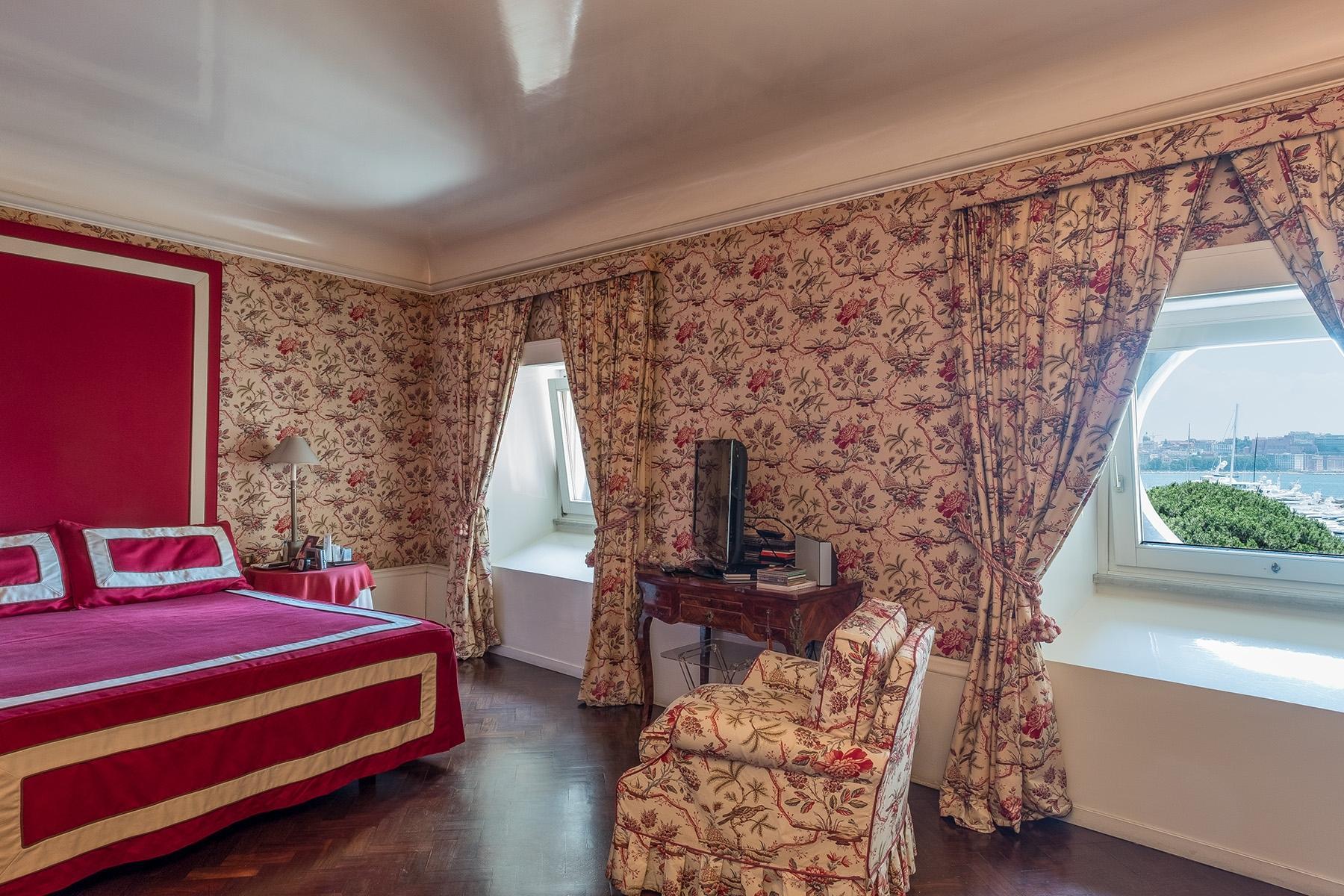 坐落在Mergellina街道历史建筑中的度假公寓 - 10