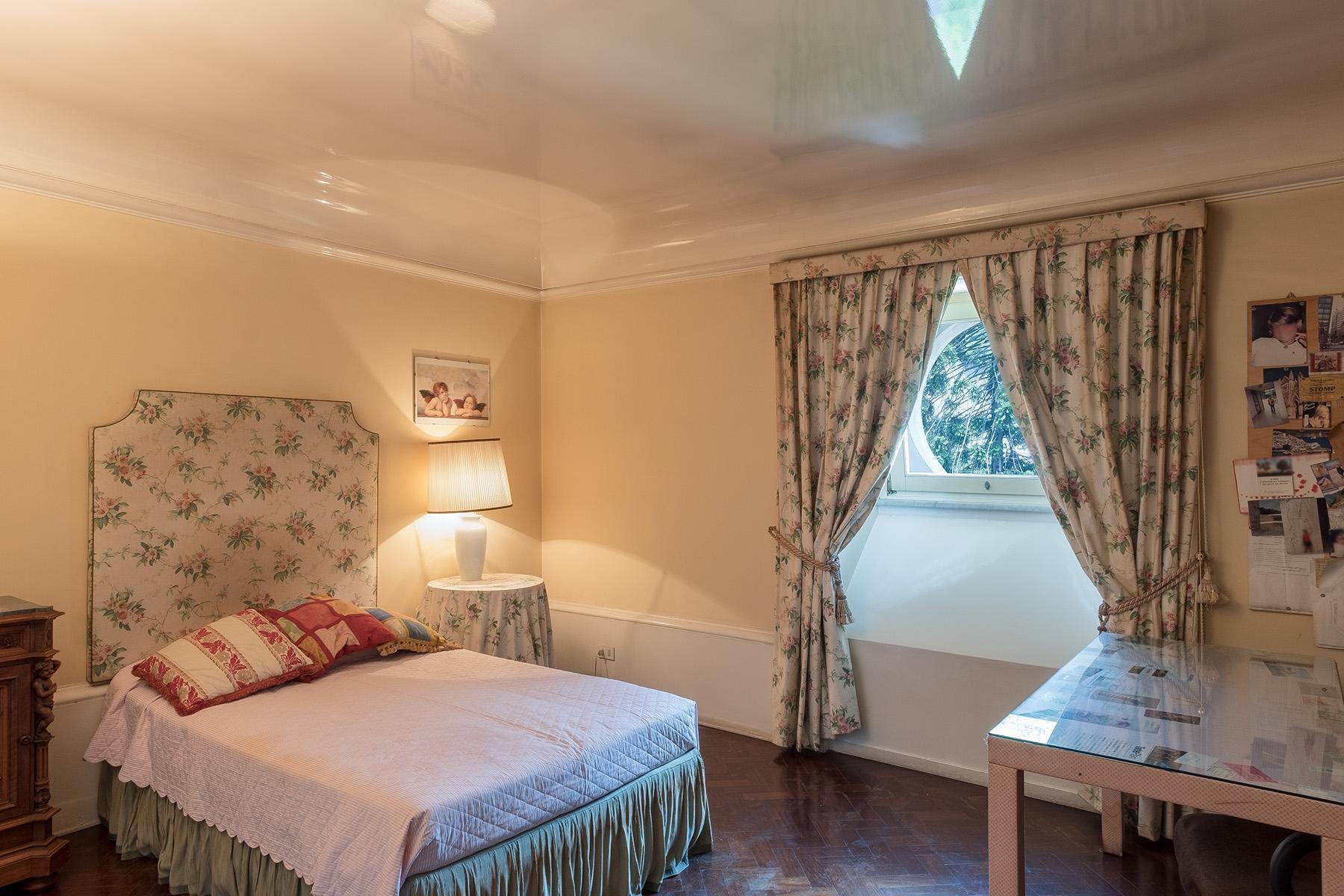 坐落在Mergellina街道历史建筑中的度假公寓 - 12