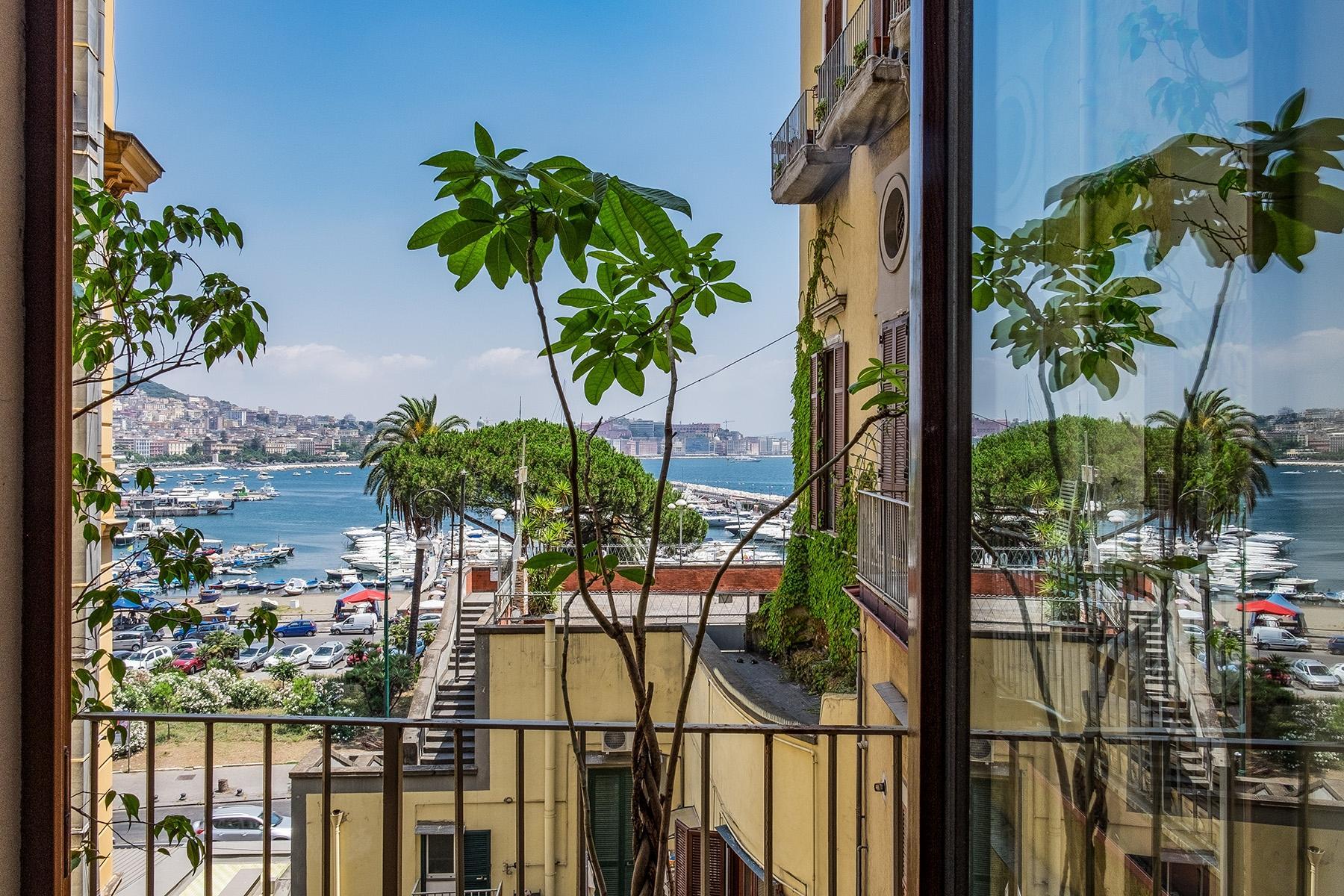坐落在Mergellina街道历史建筑中的度假公寓 - 2